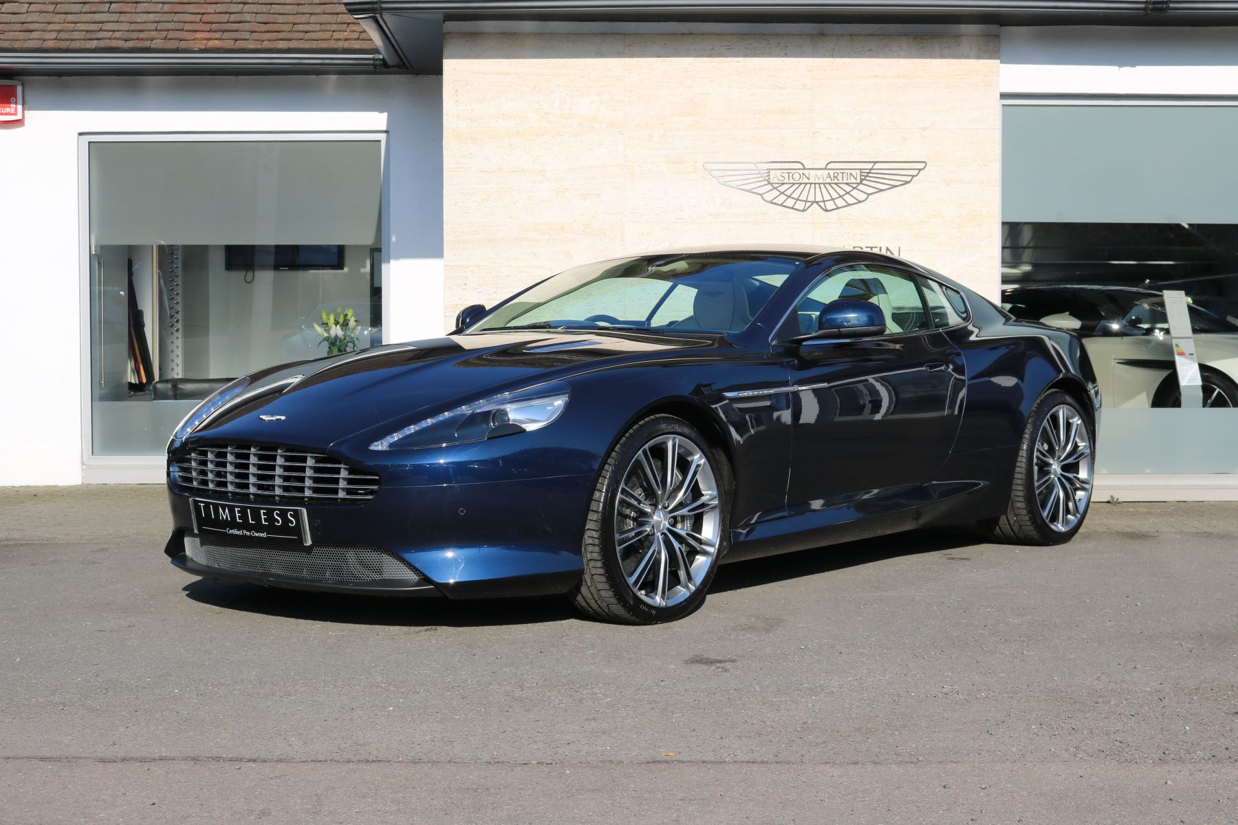 Aston Martin V Vantage S Coupe S Dr Sportshift III Automatic - Aston martin db9 pre owned