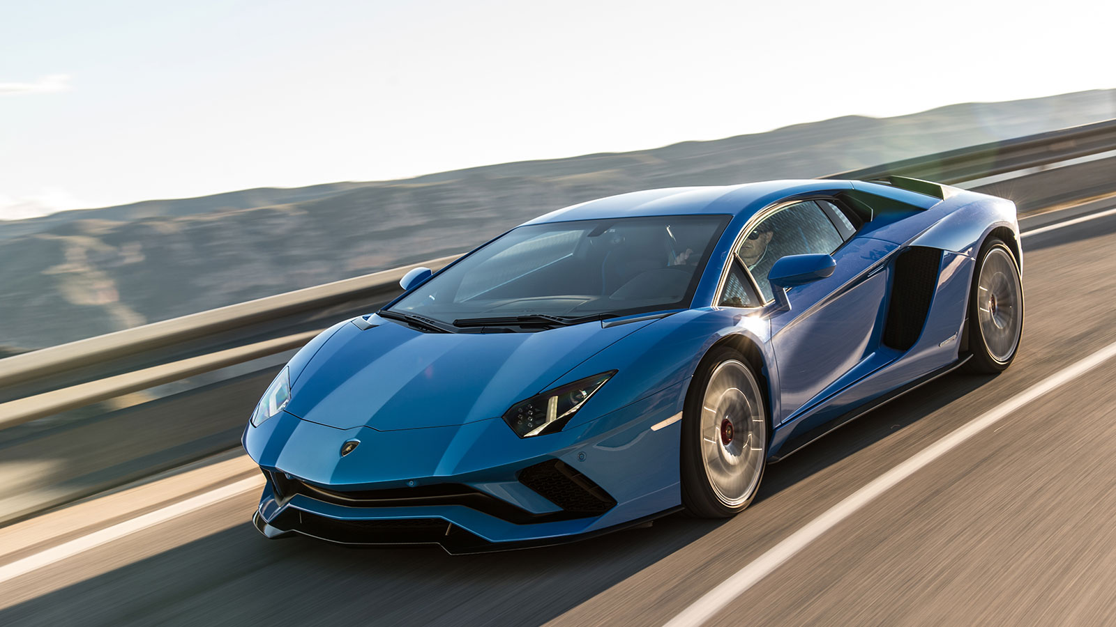 Lamborghini Aventador S Coupe - The Icon Reborn image 26