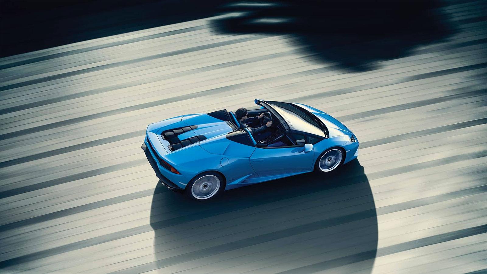 Lamborghini Huracan AWD Spyder - Inspiring Technology image 4