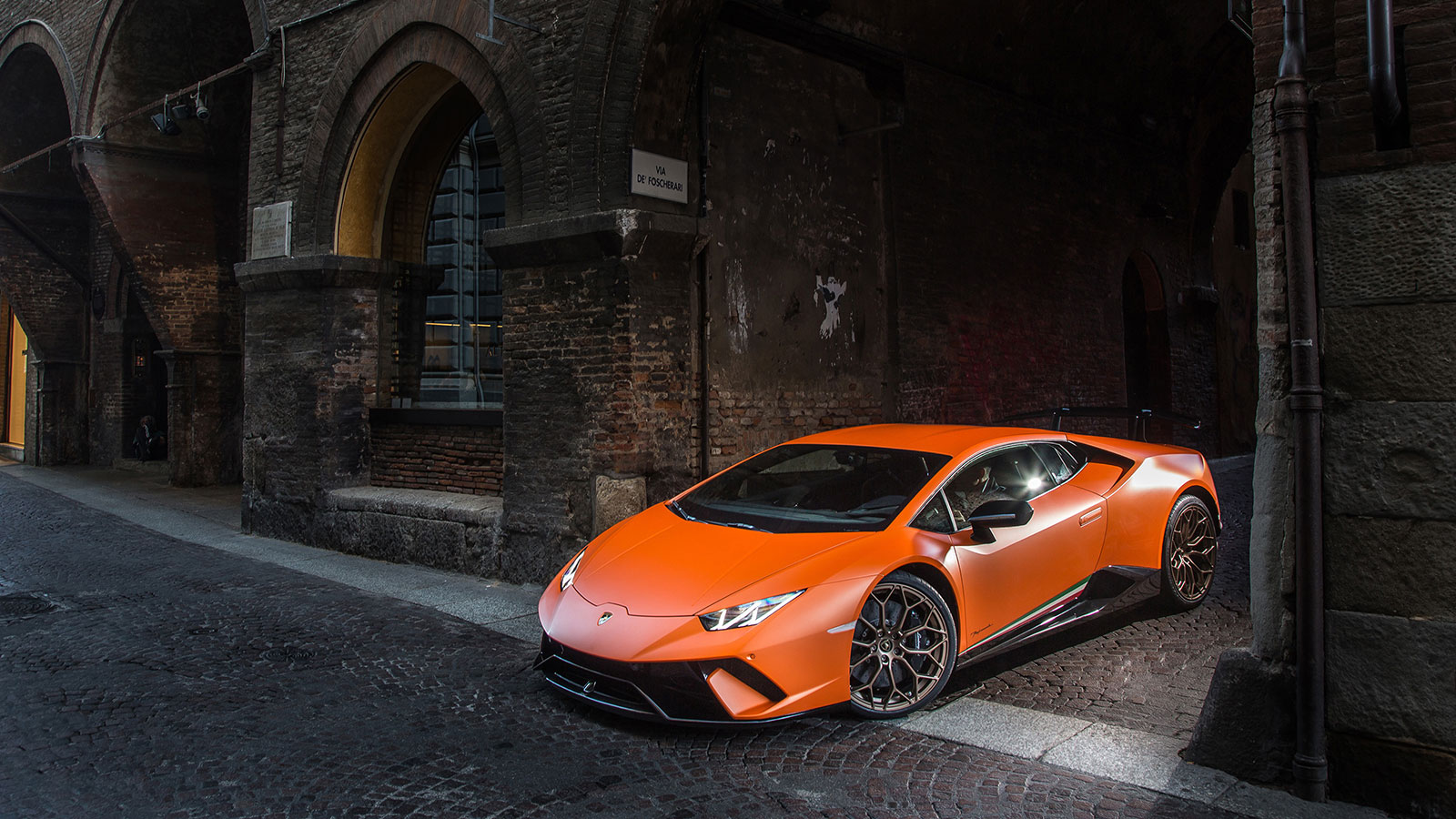 Lamborghini Huracan Performante - Raging Technology image 8