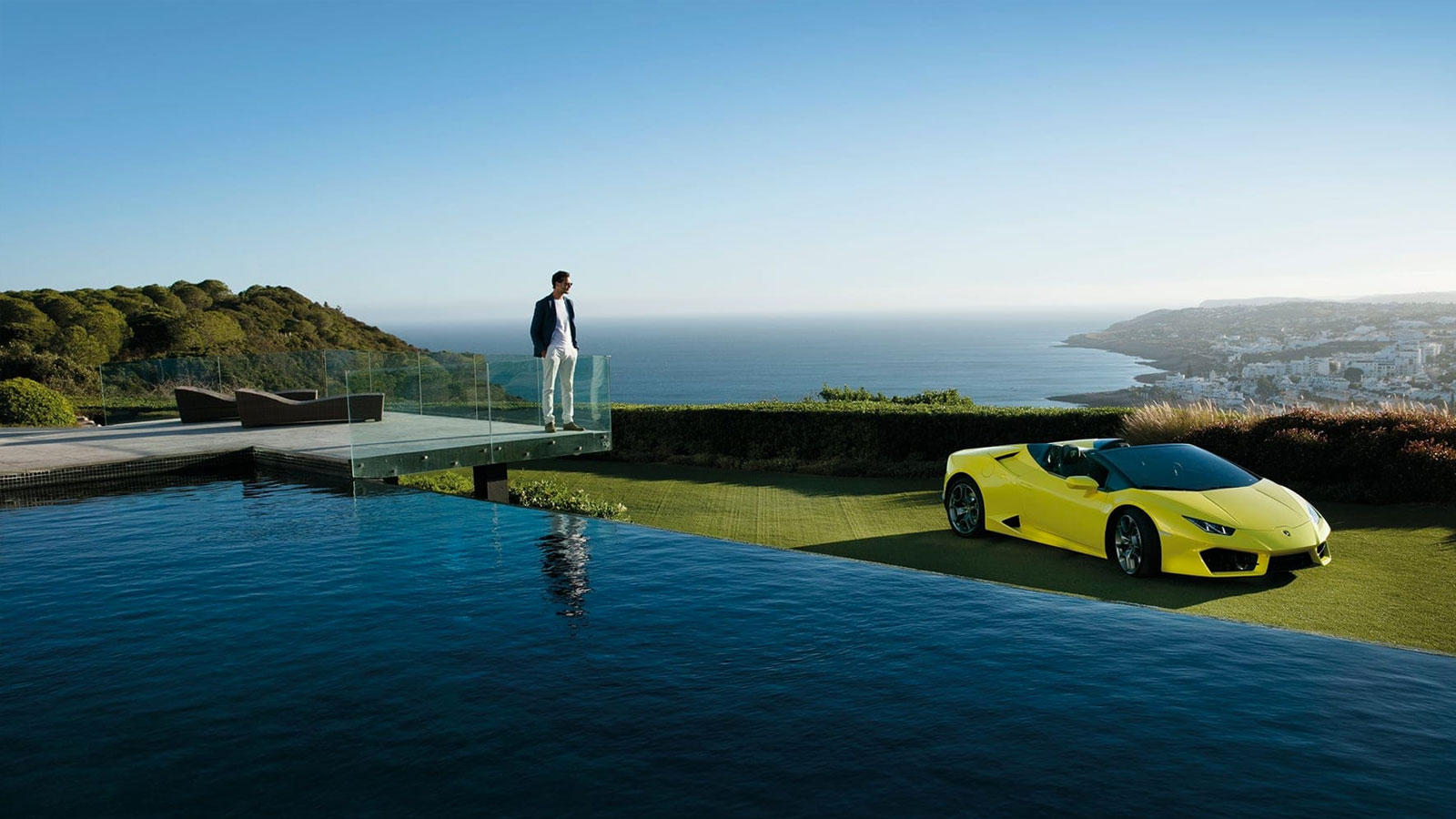 Lamborghini Huracan RWD Spyder - Breathtaking Technology image 3