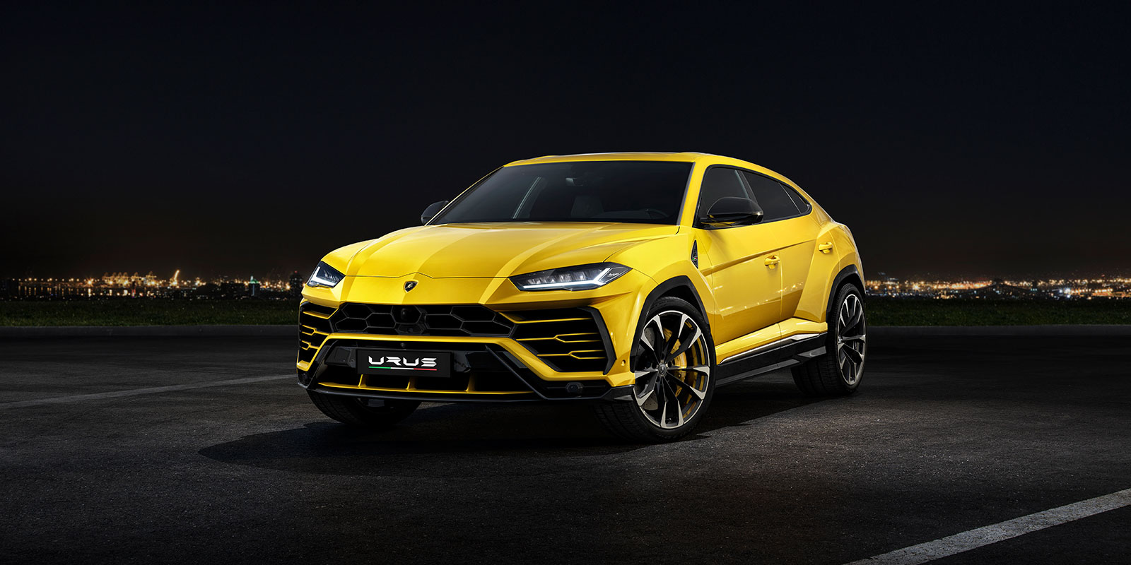 Lamborghini Urus - The World's First Super Sport Utility Vehicle image 6