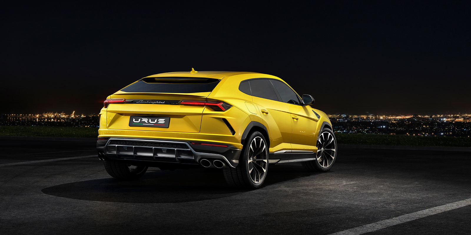 Lamborghini Urus - The World's First Super Sport Utility Vehicle image 5