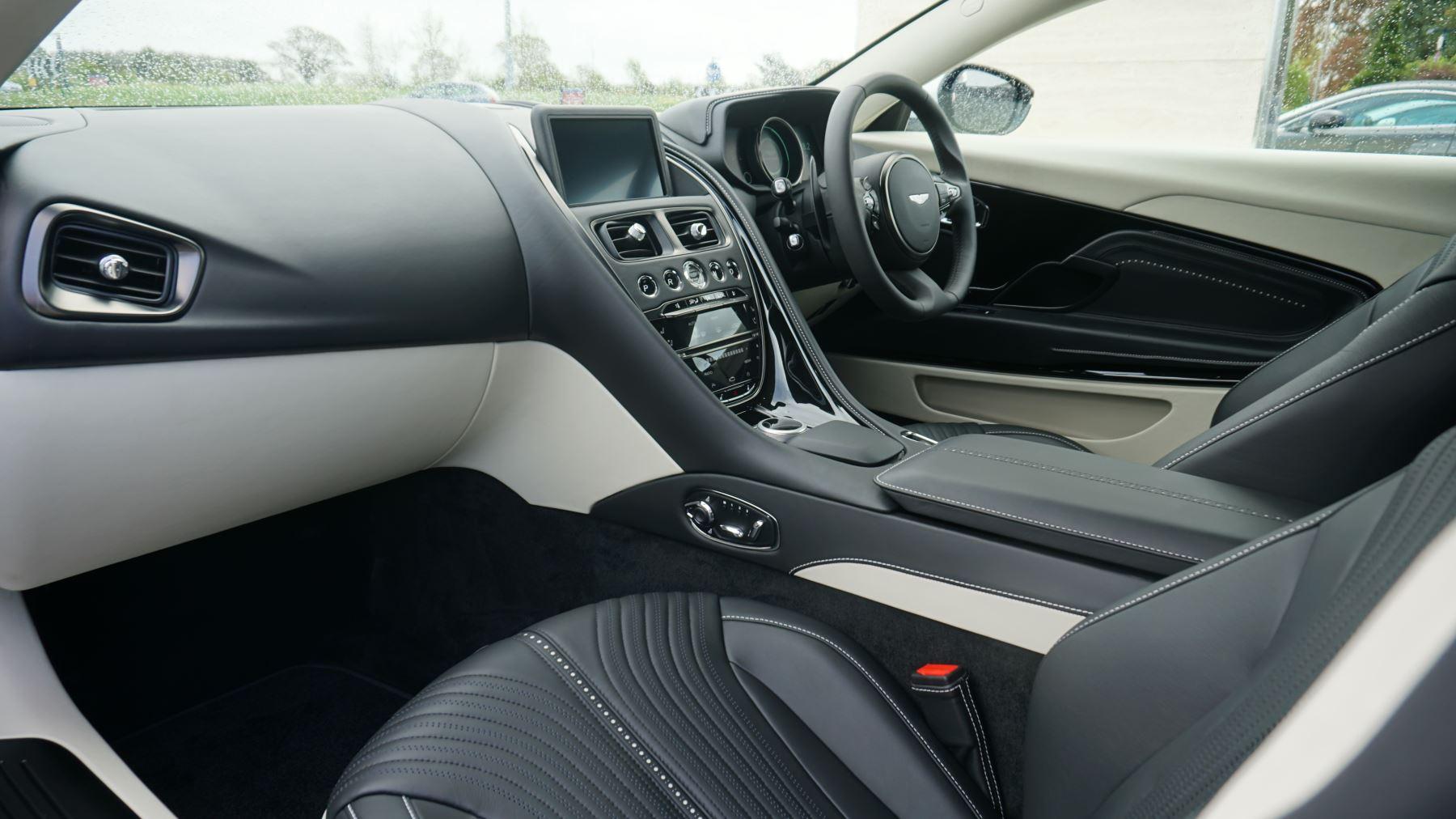 Aston Martin DB11 V12 2dr Touchtronic image 11