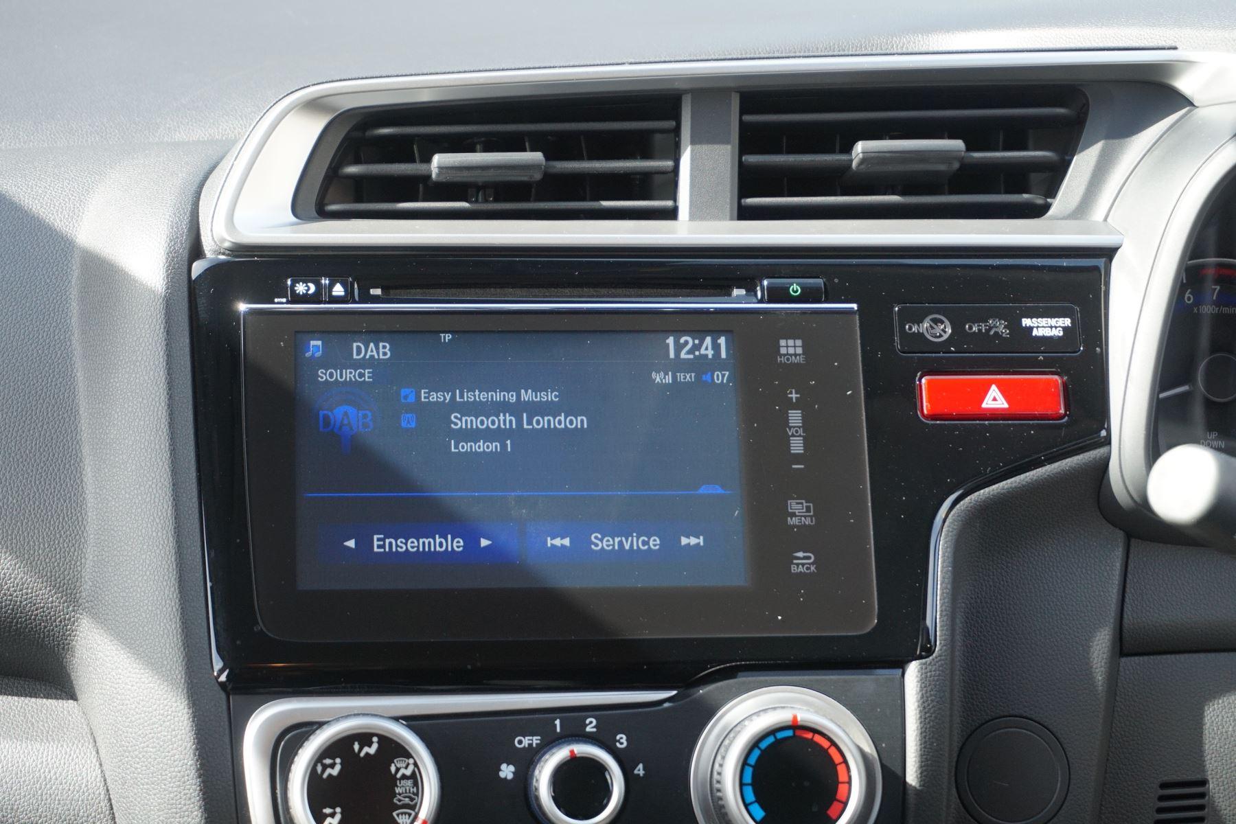 Honda Jazz 1.3 SE 5dr image 11