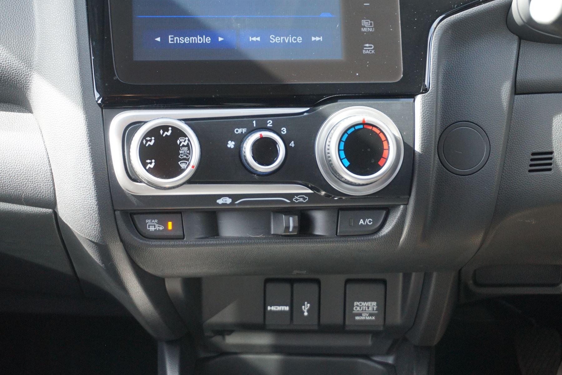 Honda Jazz 1.3 SE 5dr image 12