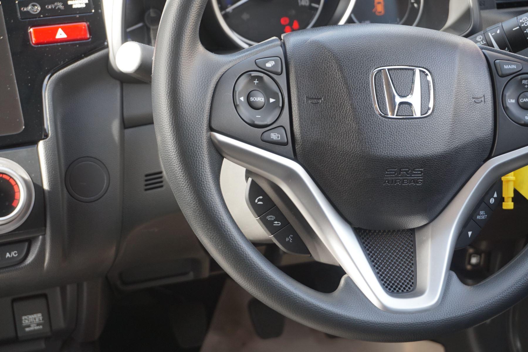Honda Jazz 1.3 SE 5dr image 16