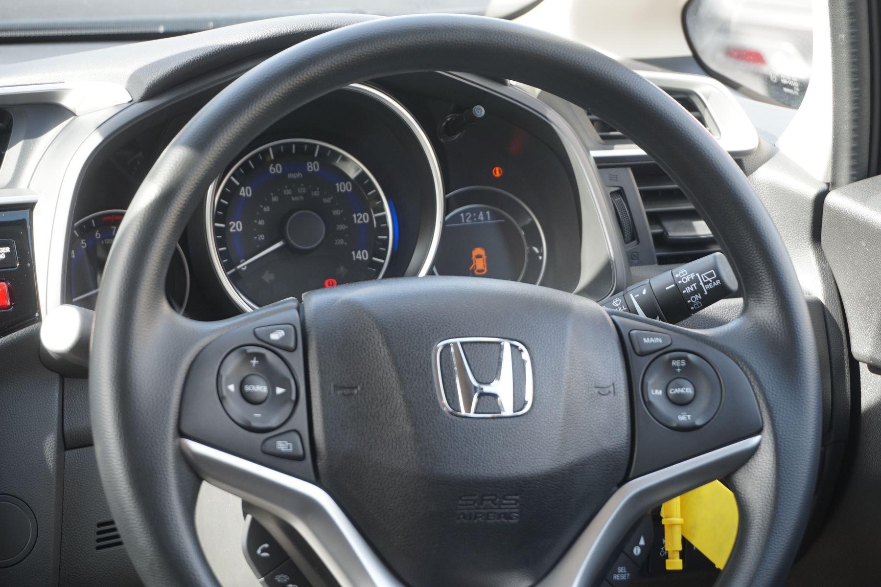 Honda Jazz 1.3 SE 5dr image 17