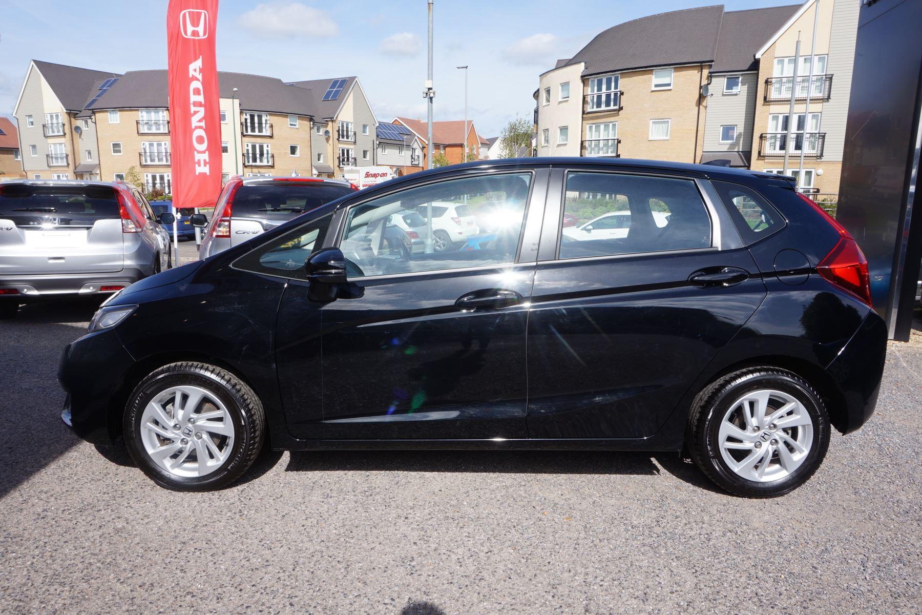 Honda Jazz 1.3 SE 5dr image 3