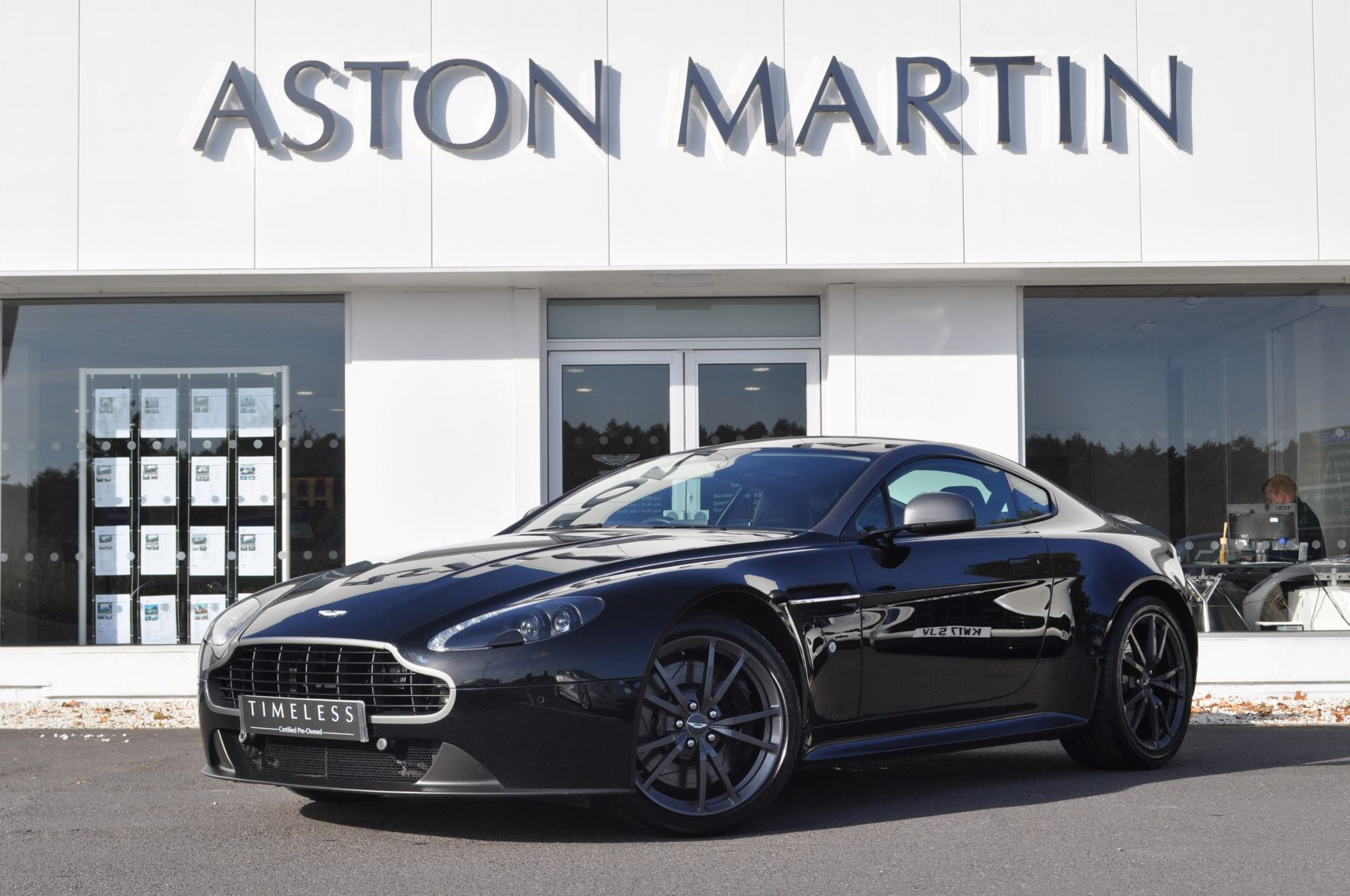 Aston Martin Vantage N430 N430 2dr Sportshift II 4.7 Automatic 3 door Coupe (2015) image