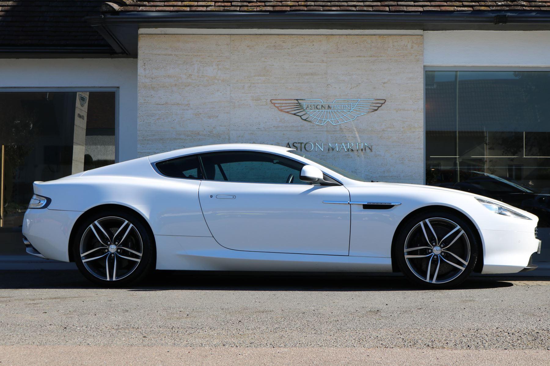 Aston Martin DB9 V12 2dr Touchtronic image 4