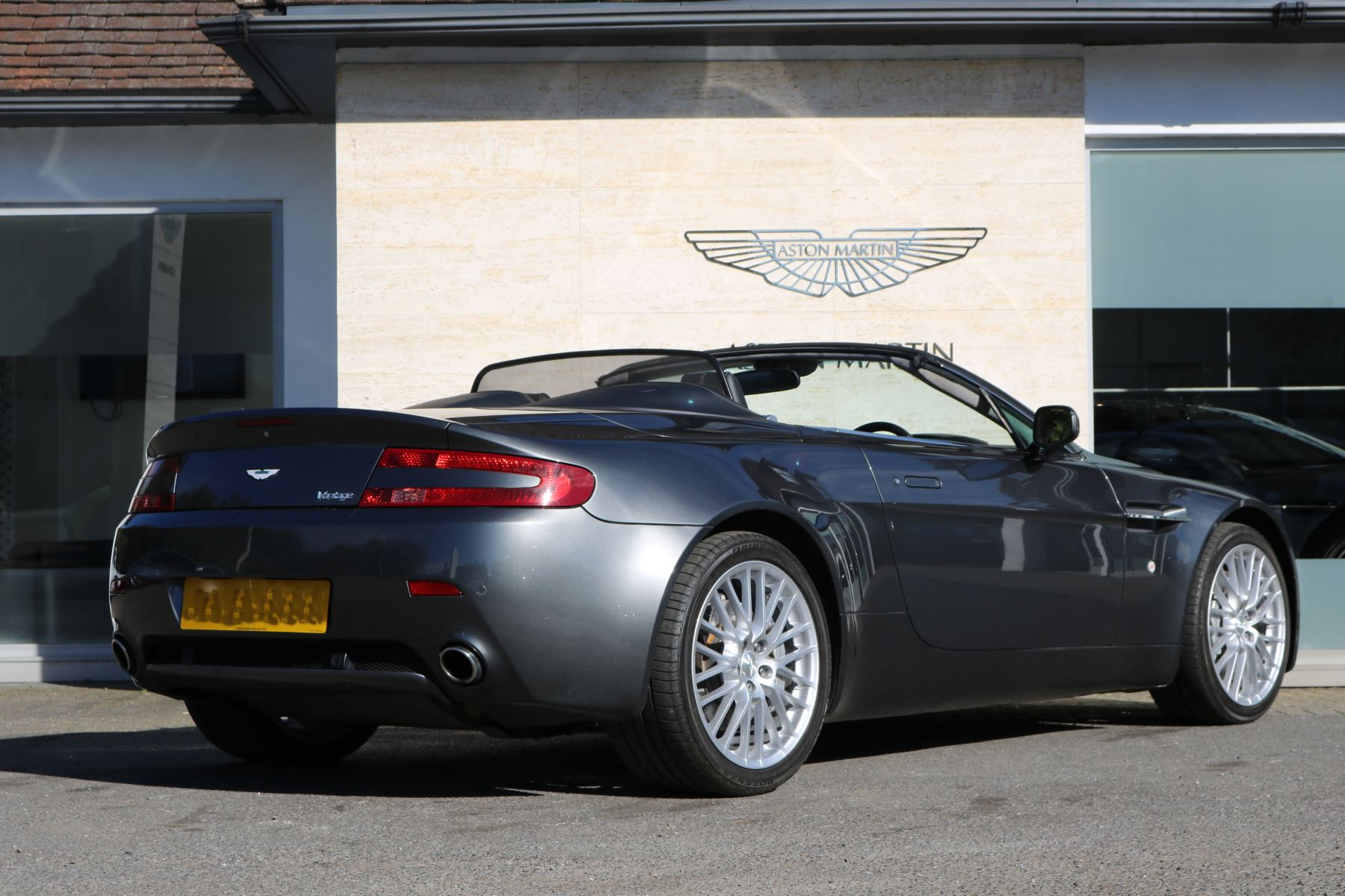 Aston Martin V Vantage Roadster Dr Roadster At - Aston martin under 20k