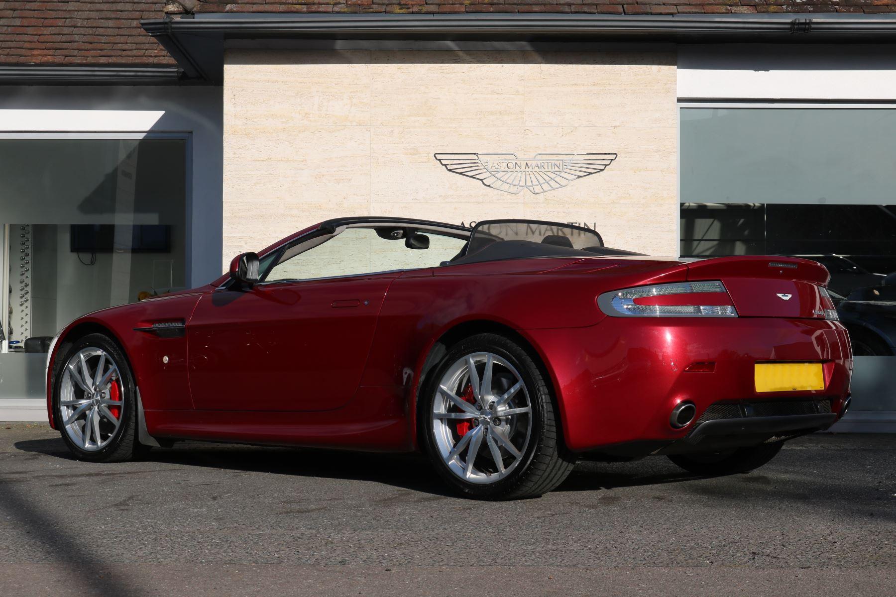 Aston Martin V8 Vantage Roadster 2dr [420] image 7