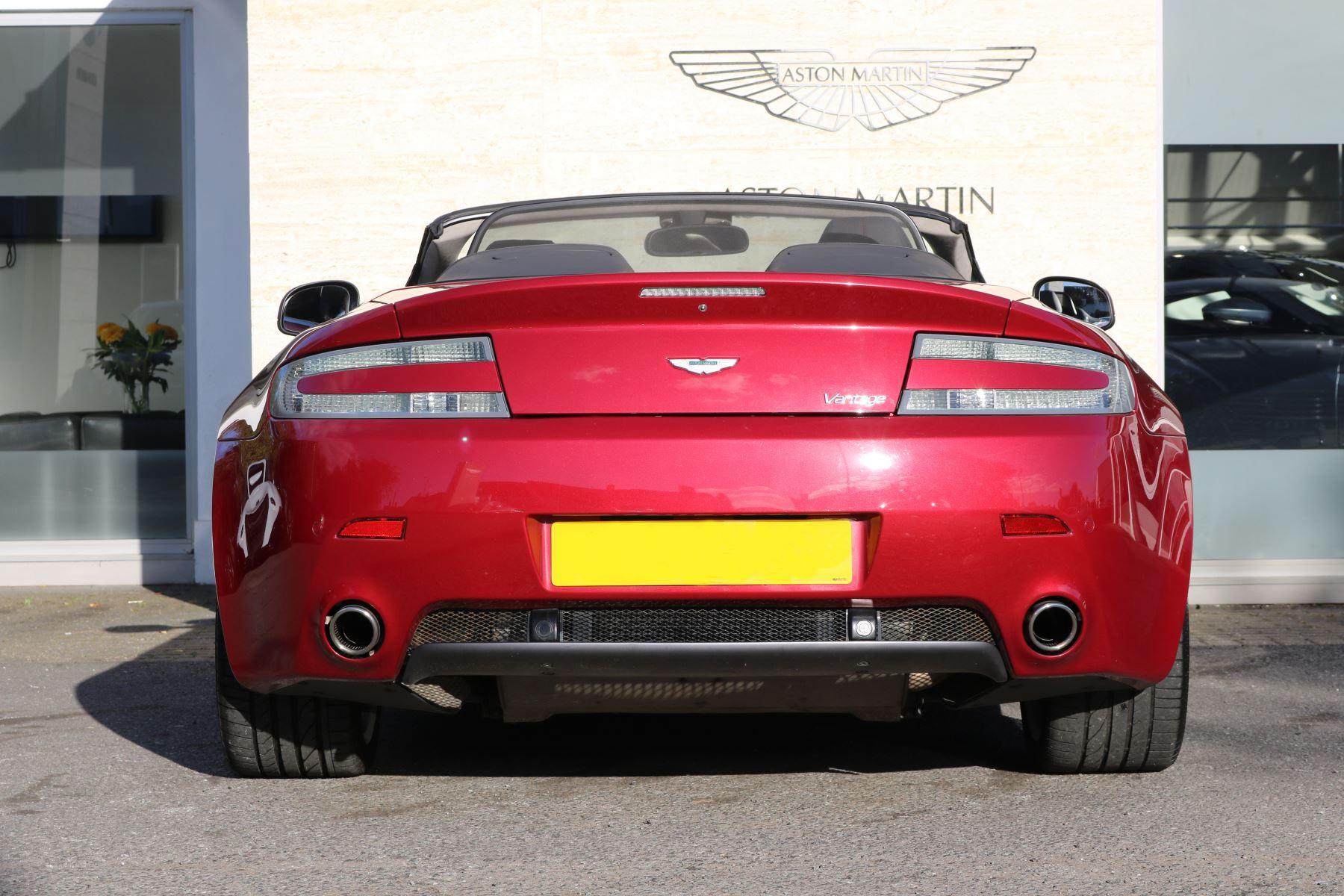 Aston Martin V8 Vantage Roadster 2dr [420] image 6