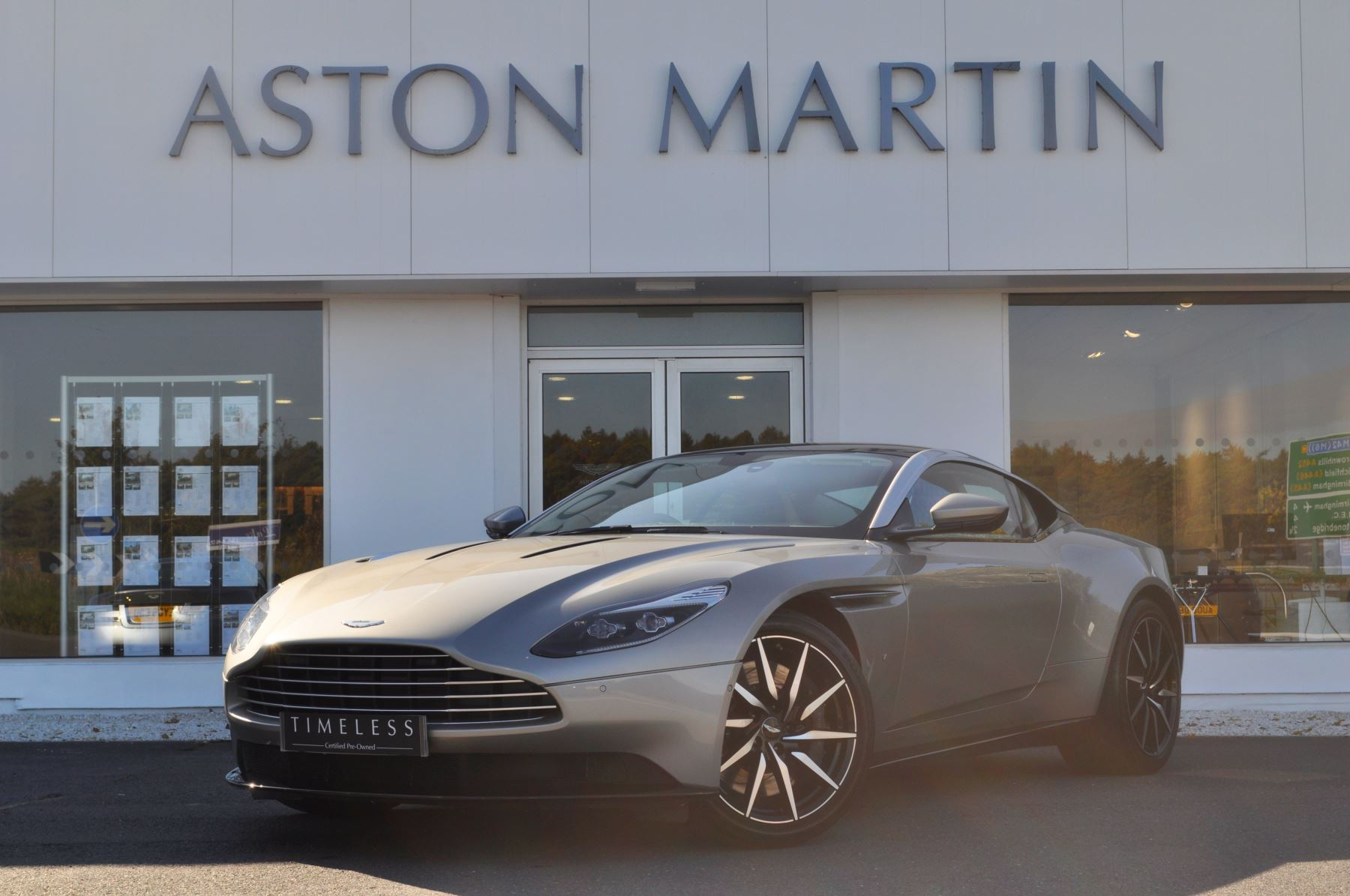 Aston Martin DB11 V12 2dr Touchtronic. Bang & Olufsen Sound System . Satin Chopped Carbon Inlay  5.2 Automatic Coupe
