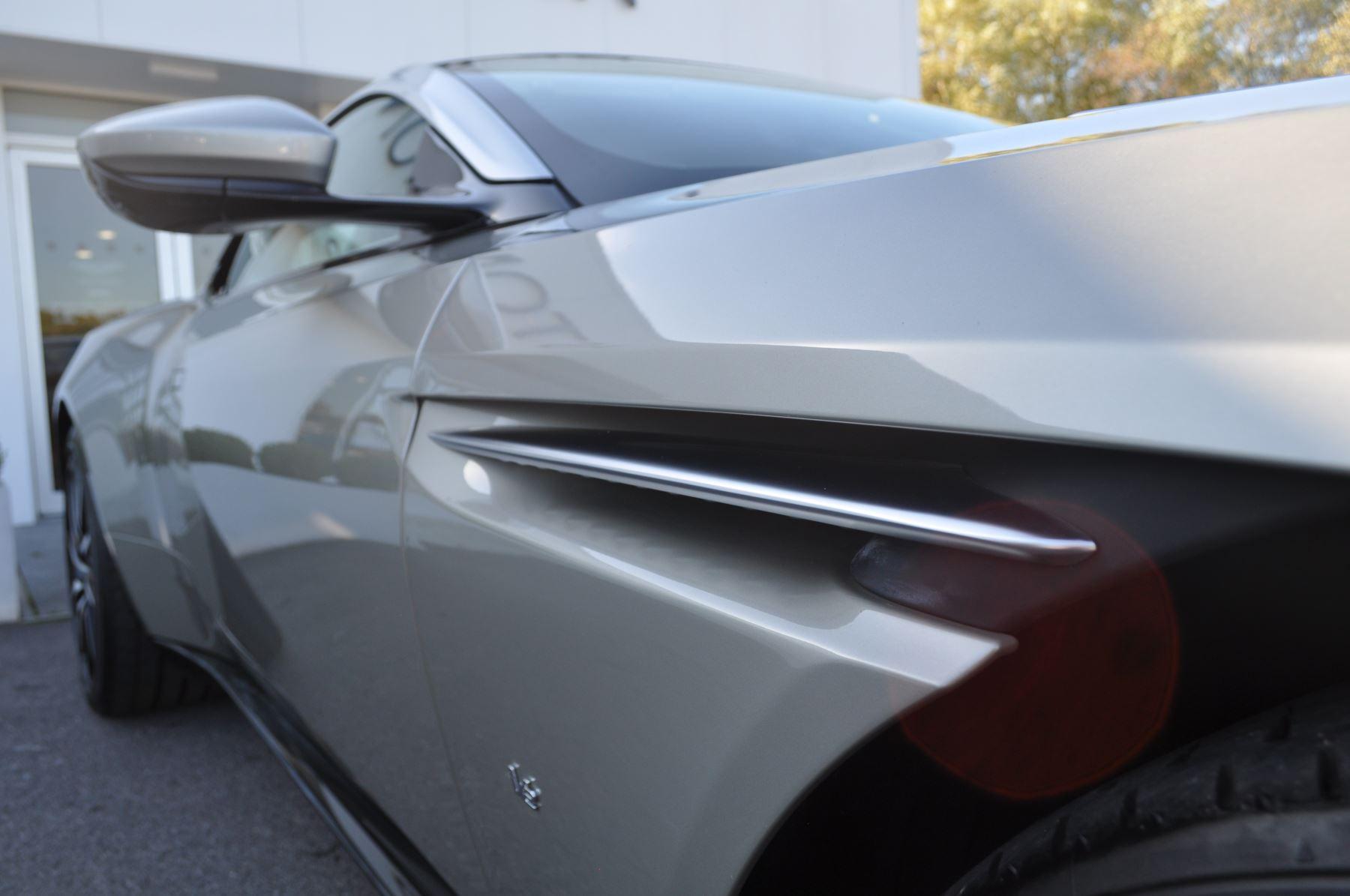 Aston Martin DB11 V12 2dr Touchtronic image 13