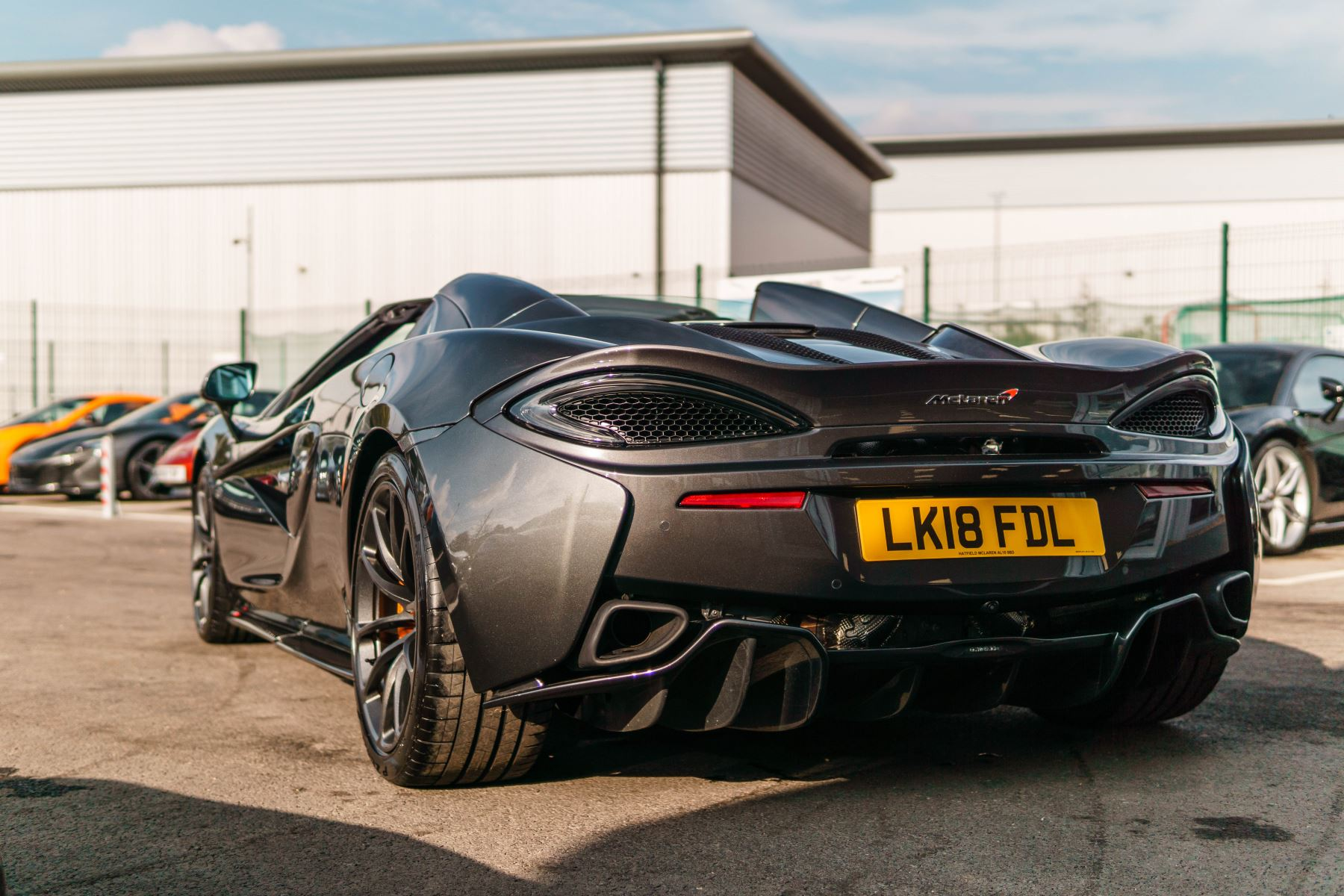 McLaren 570S Spider V8 2dr SSG image 10