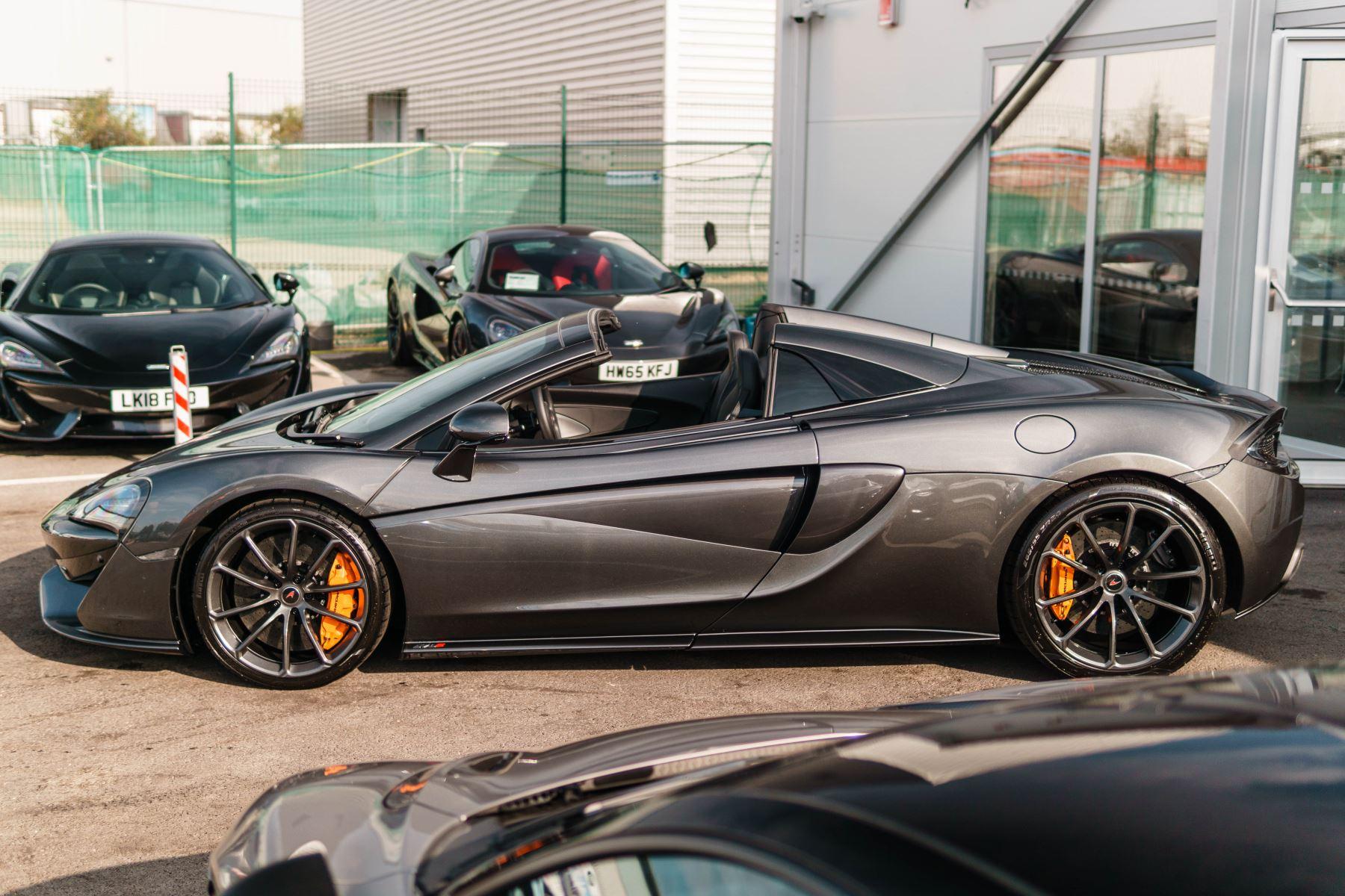McLaren 570S Spider V8 2dr SSG image 21