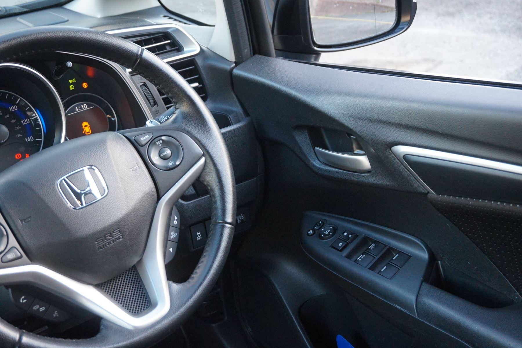 Honda Jazz 1.3 EX CVT image 11