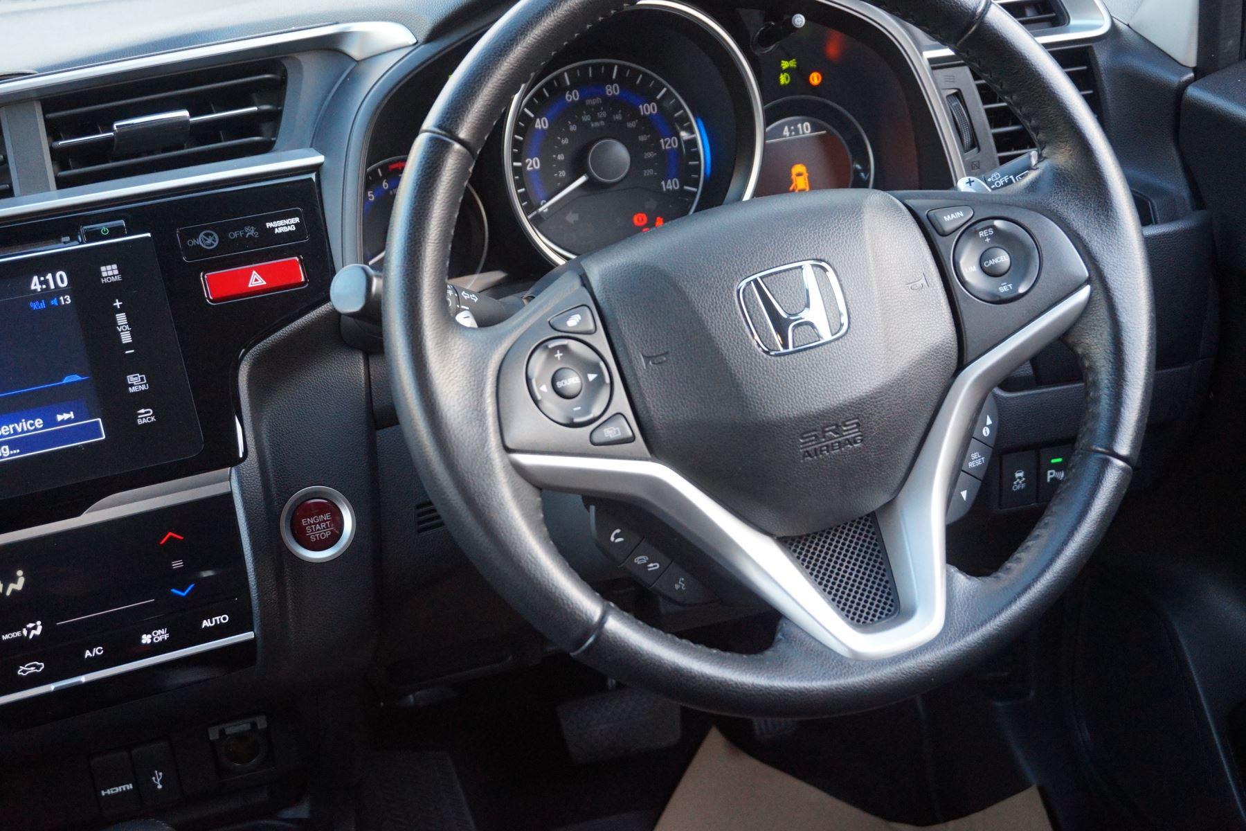 Honda Jazz 1.3 EX CVT image 12
