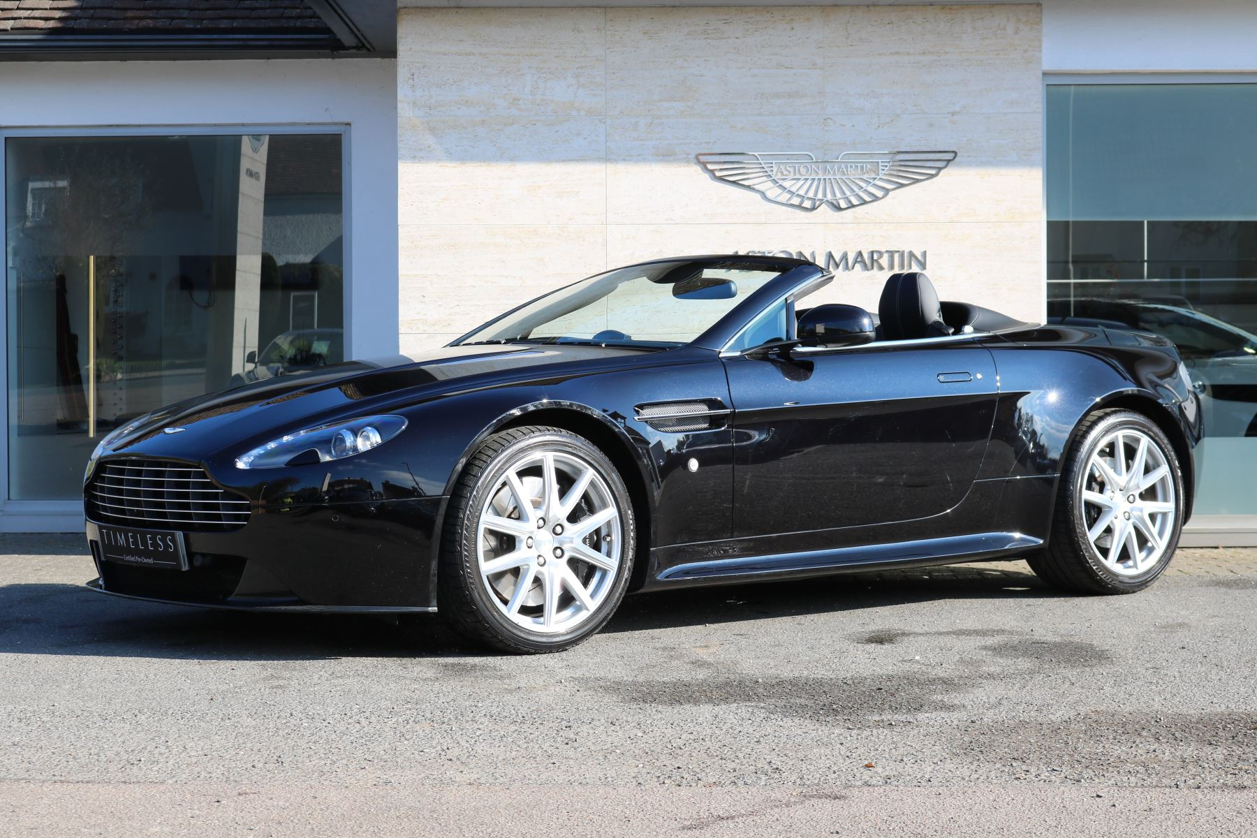 used aston martin v8 vantage s roadster cars for sale grange. Black Bedroom Furniture Sets. Home Design Ideas