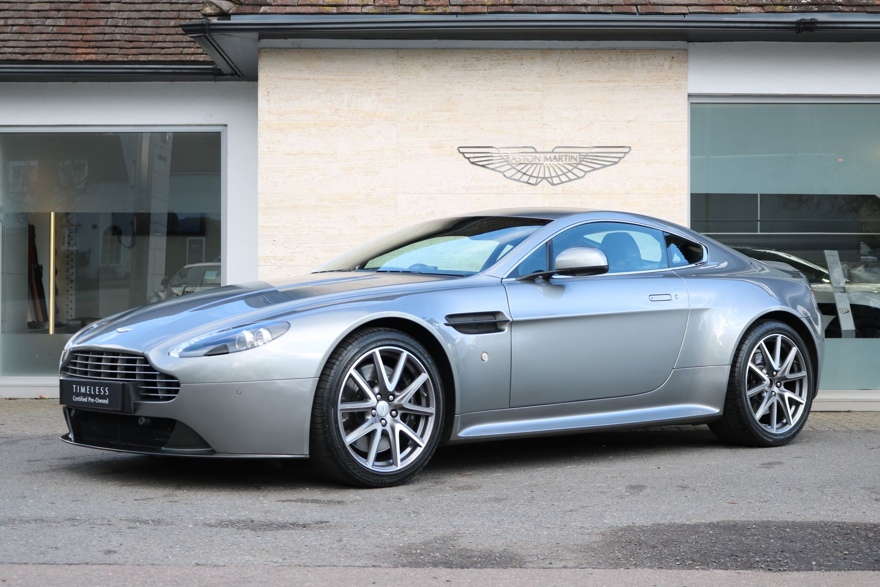Aston Martin V8 Vantage S Coupe 2dr Sportshift 4.7 Automatic 3 door Coupe (2012)