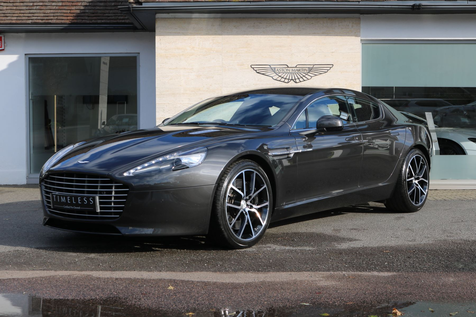 Aston Martin Rapide V12 4dr Touchtronic Auto 5.9 Automatic 5 door Saloon (2014) image