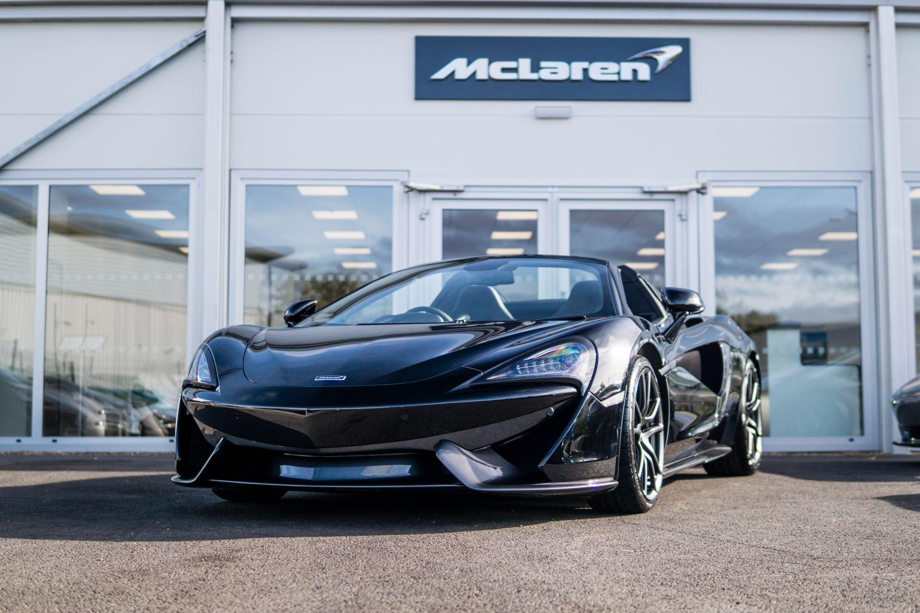 McLaren 570S Spider V8 SSG 3.8 Automatic 2 door Convertible (17MY) image