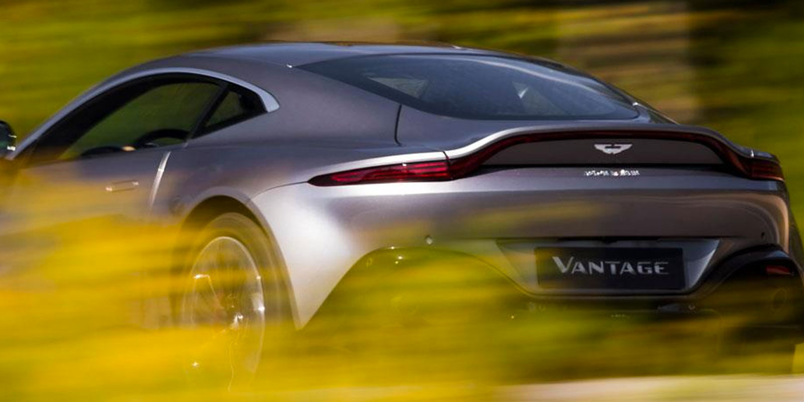Aston Martin New Vantage - The Archetypal Hunter image 4