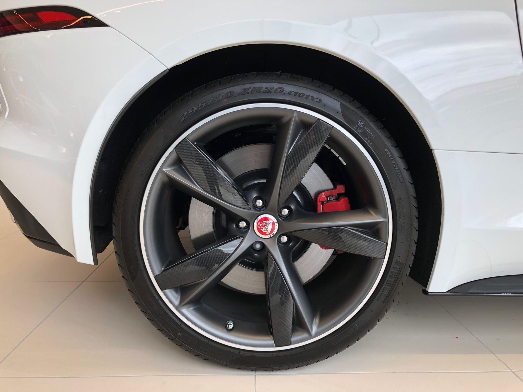 Jaguar F-TYPE 3.0 Supercharged V6 R-Dynamic image 3