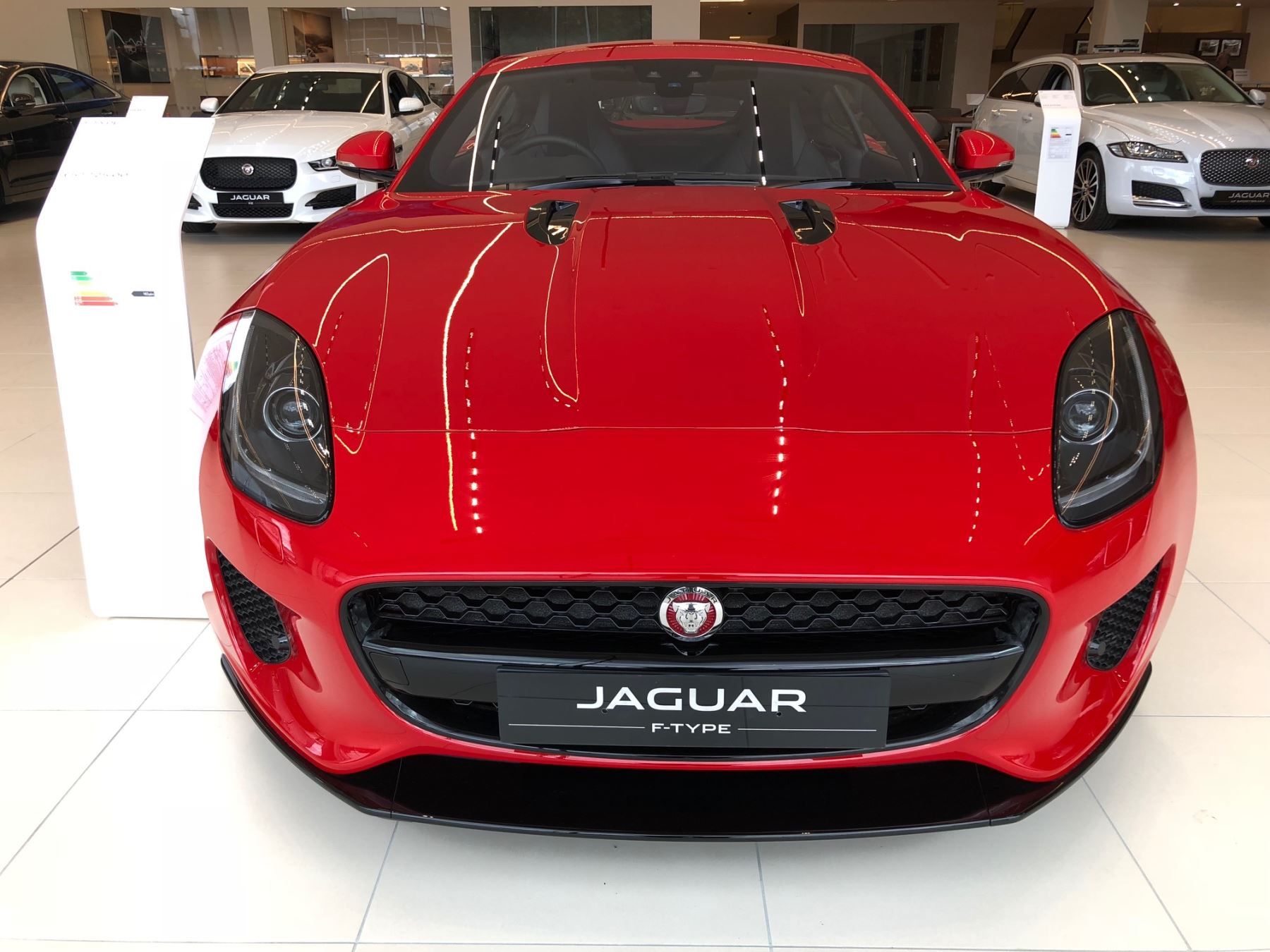 Jaguar F-TYPE 2.0 T/C Petrol RWD Coupe 300PS image 2