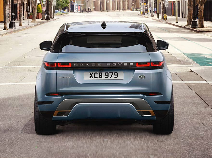 Land Rover New Range Rover Evoque D150 AWD AUTO image 3