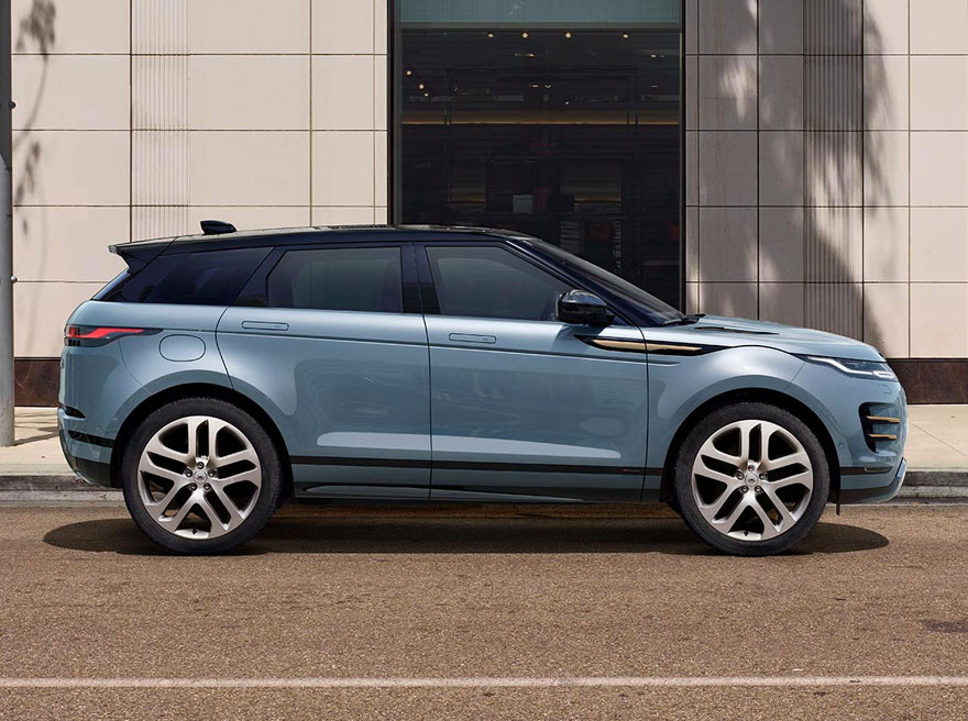Land Rover New Range Rover Evoque D150 AWD AUTO image 4