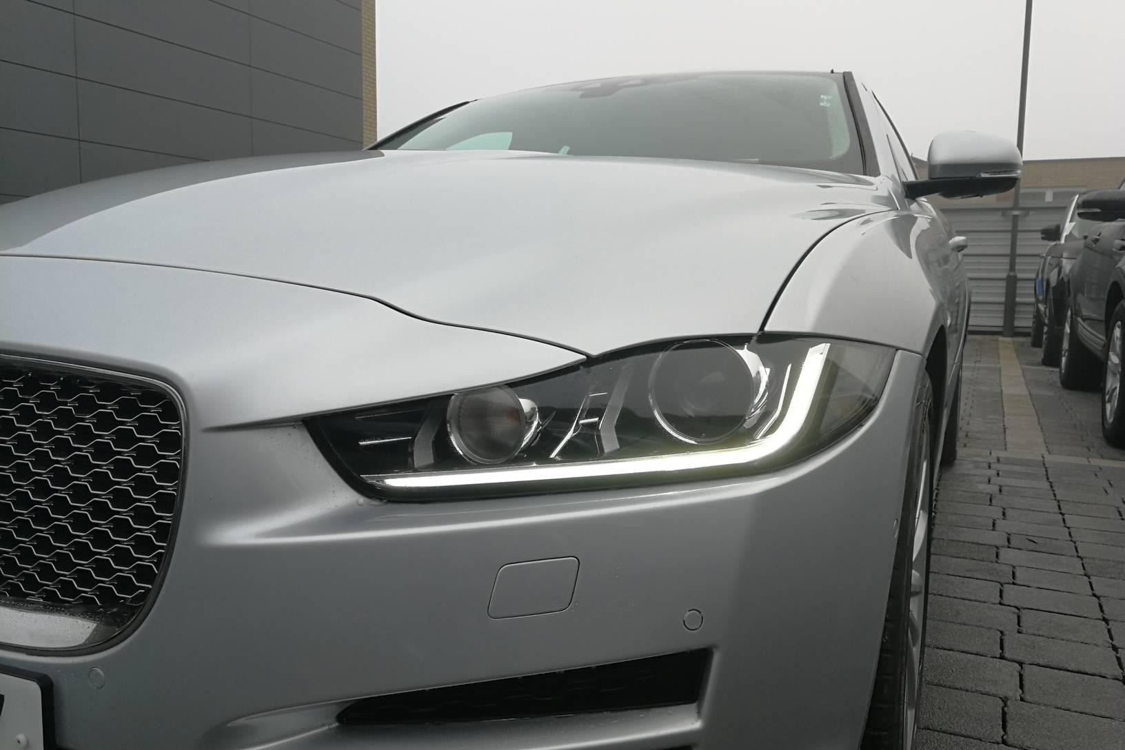 Jaguar XE 2.0d [180] Portfolio image 20