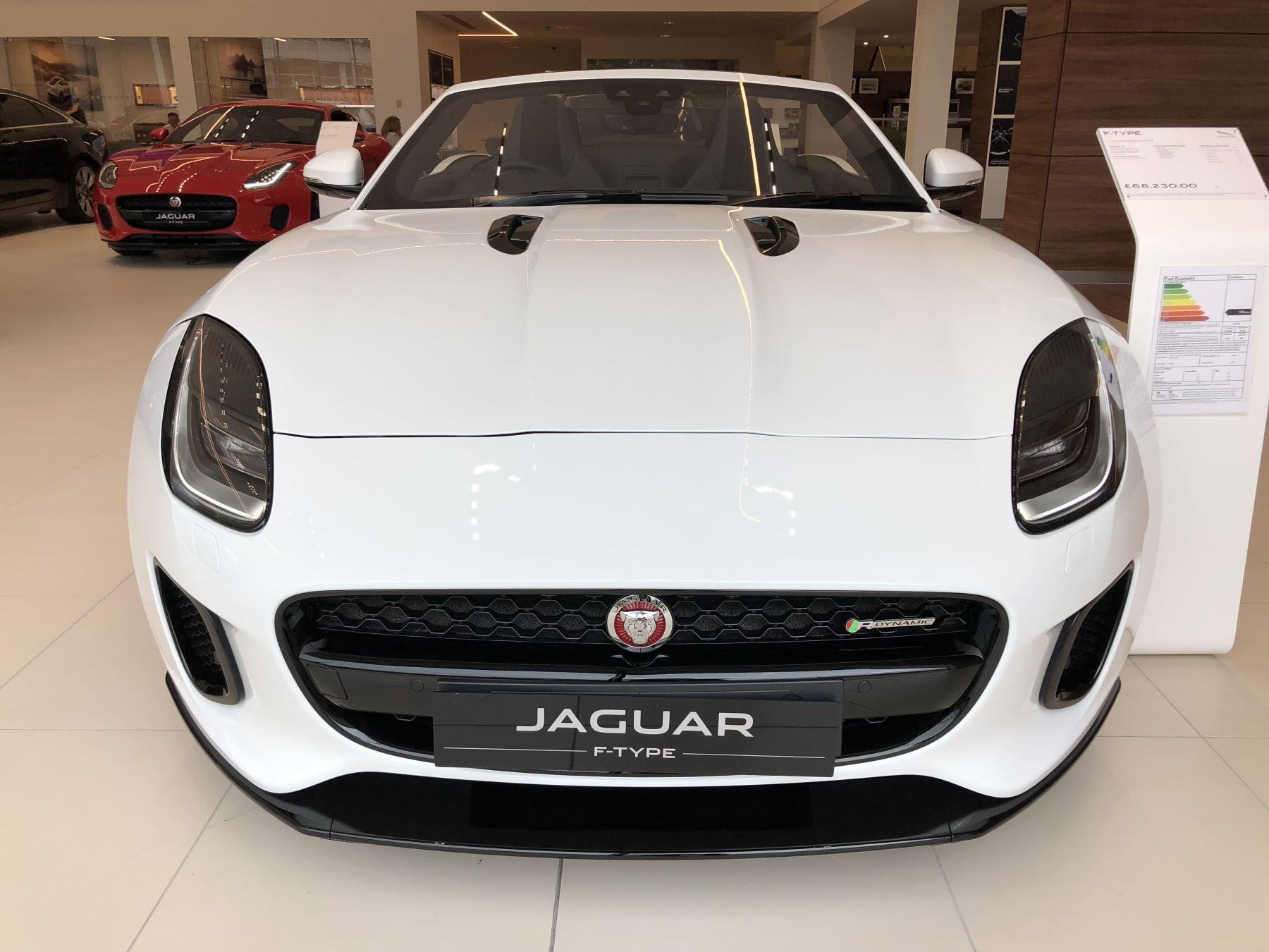 Jaguar F-TYPE 3.0 Supercharged V6 image 2