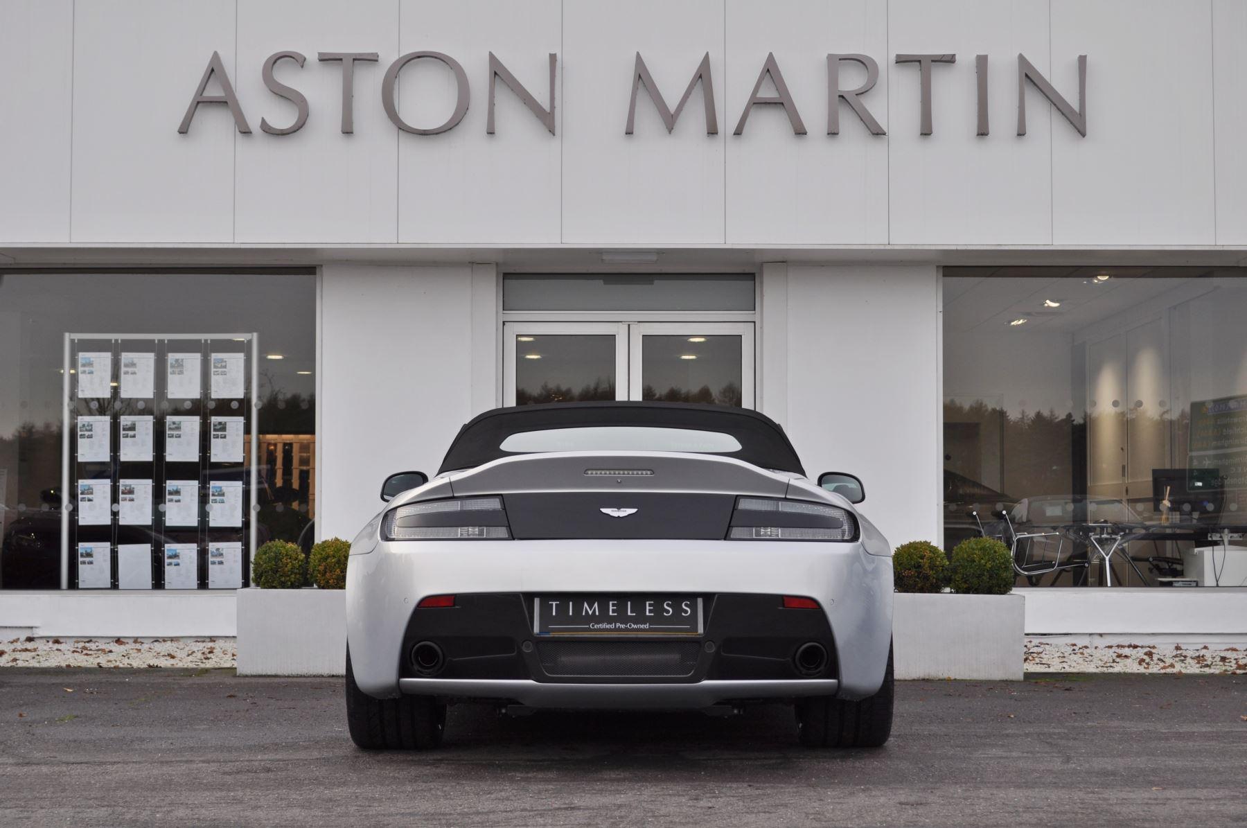 Aston Martin V12 Vantage S S 2dr Sportshift III image 3