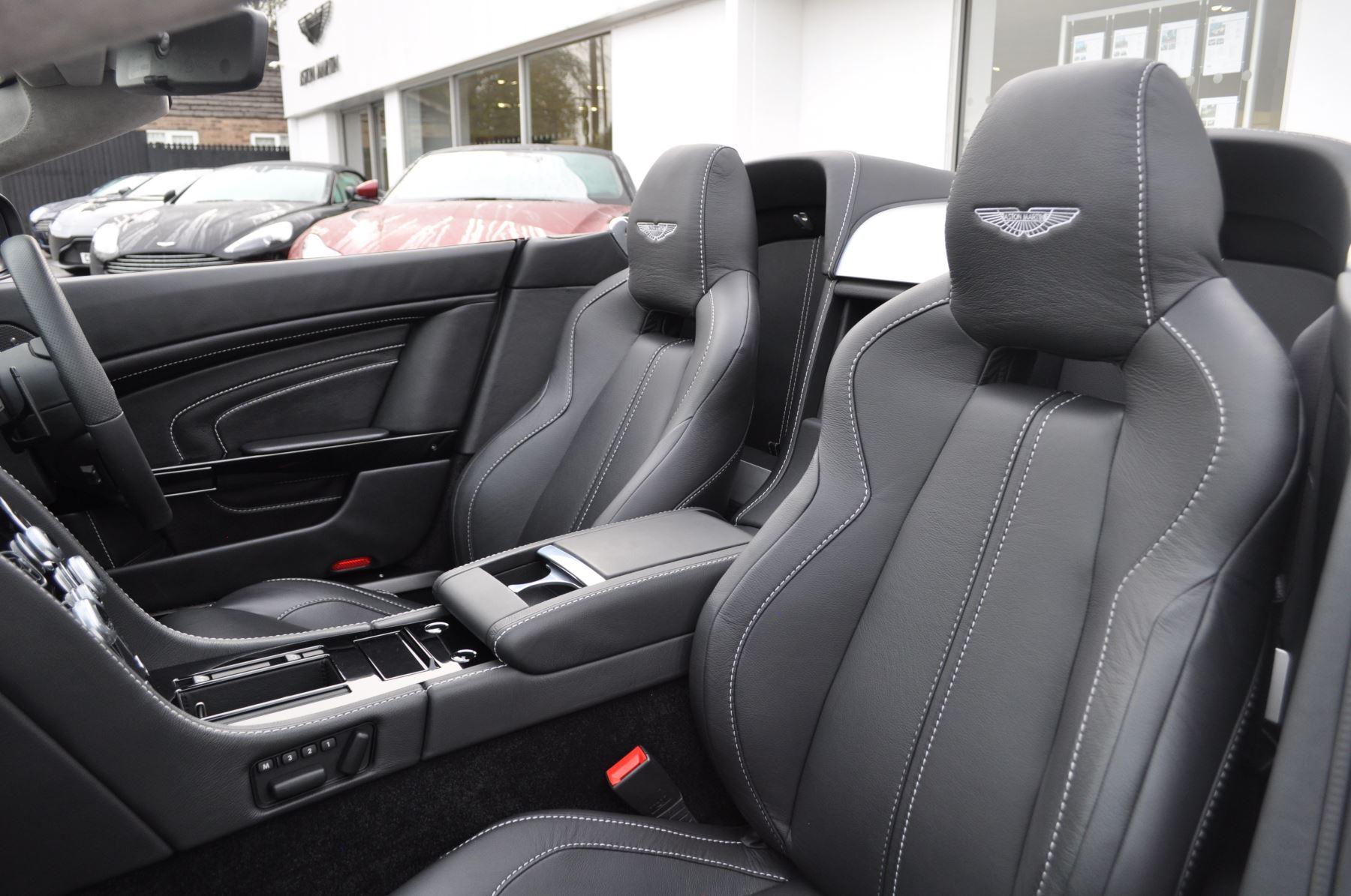 Aston Martin V12 Vantage S S 2dr Sportshift III image 22