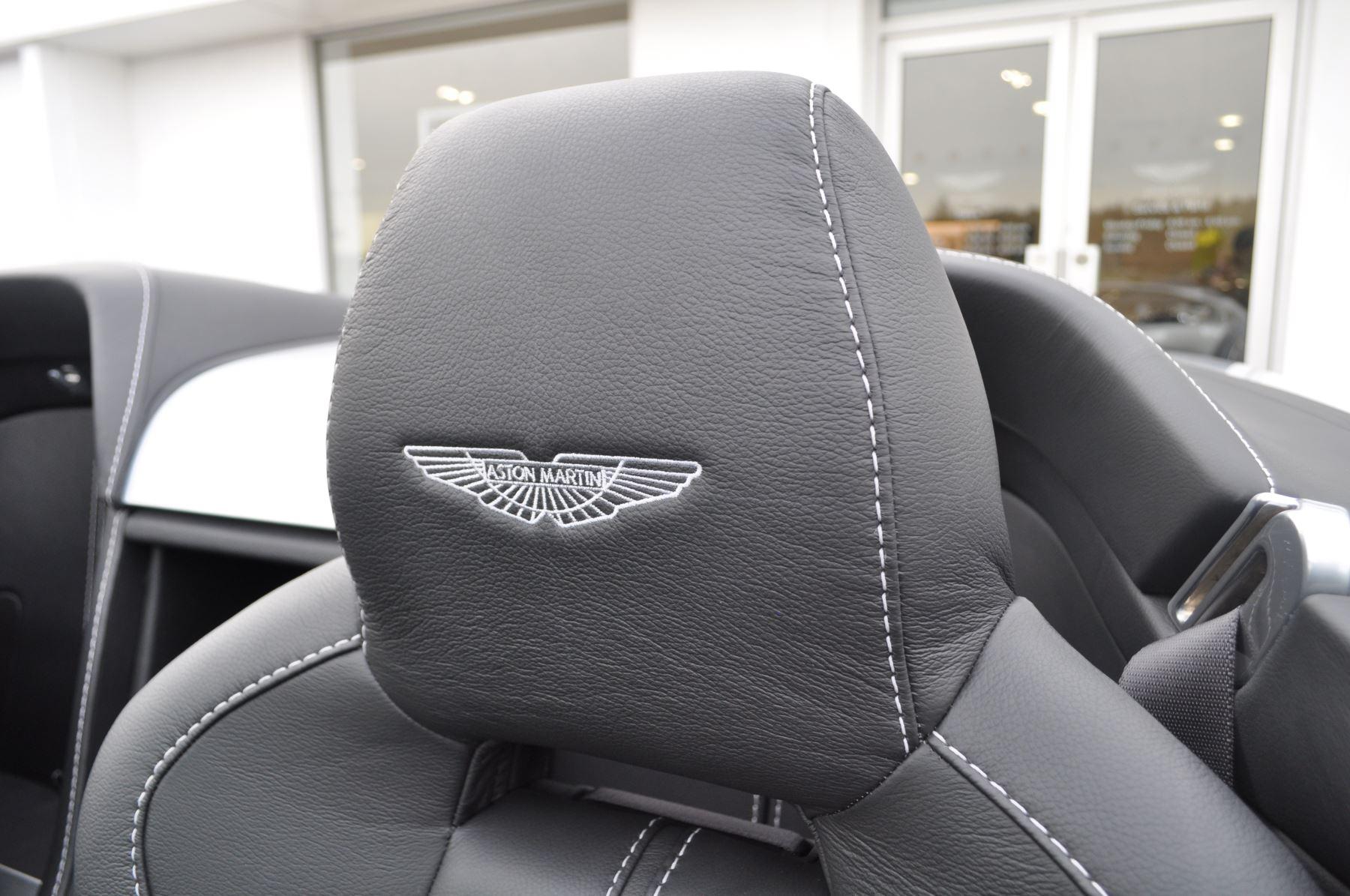 Aston Martin V12 Vantage S S 2dr Sportshift III image 23