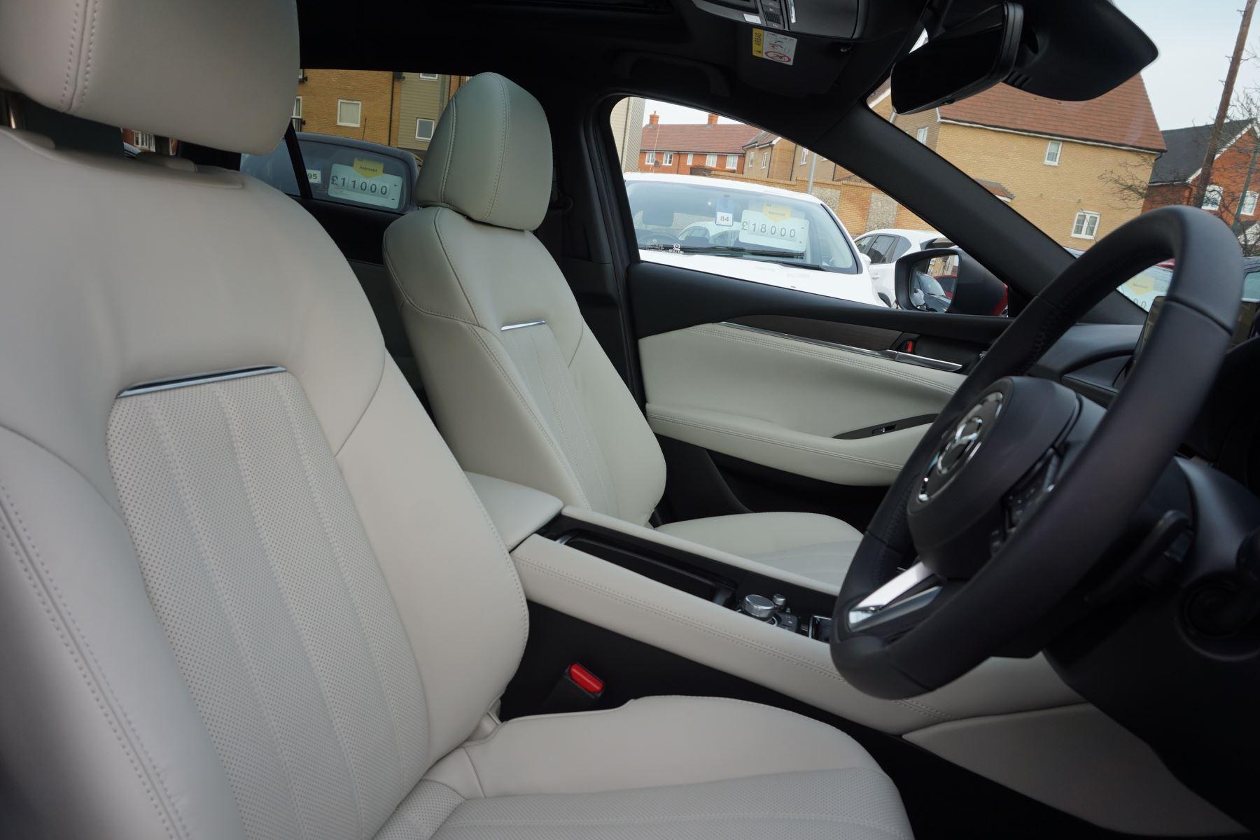 Mazda 6 2.2d GT Sport Nav+ 5dr image 17