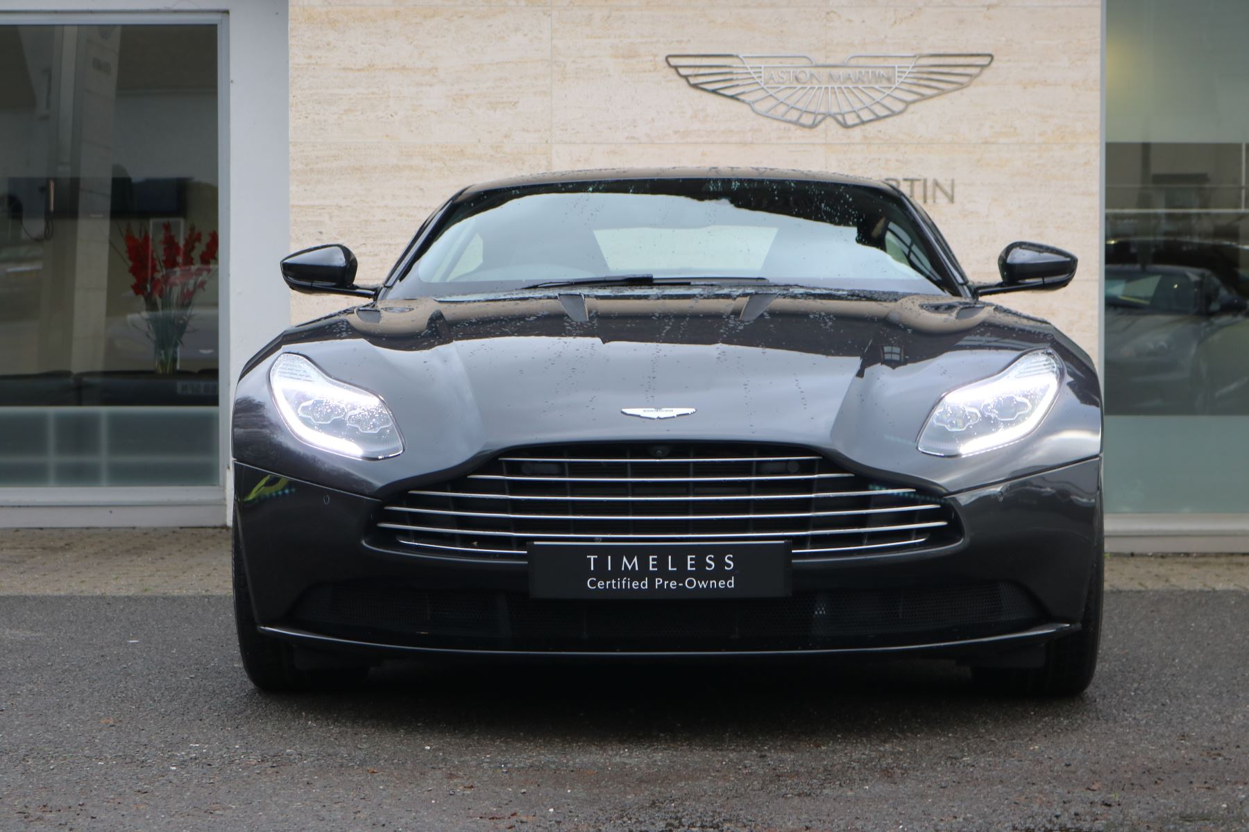 Aston Martin DB11 V12 2dr Touchtronic image 2
