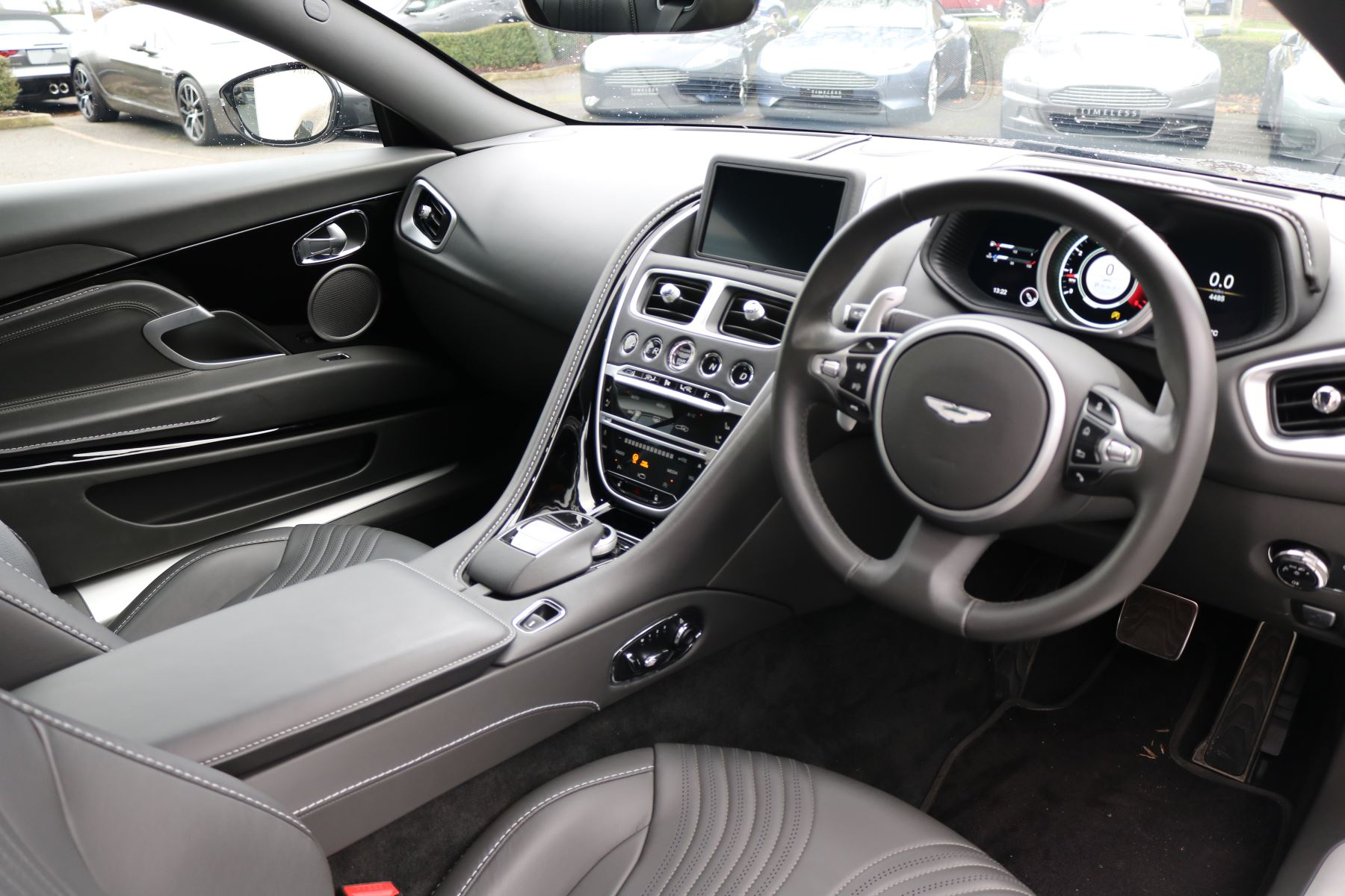 Aston Martin DB11 V12 2dr Touchtronic image 9