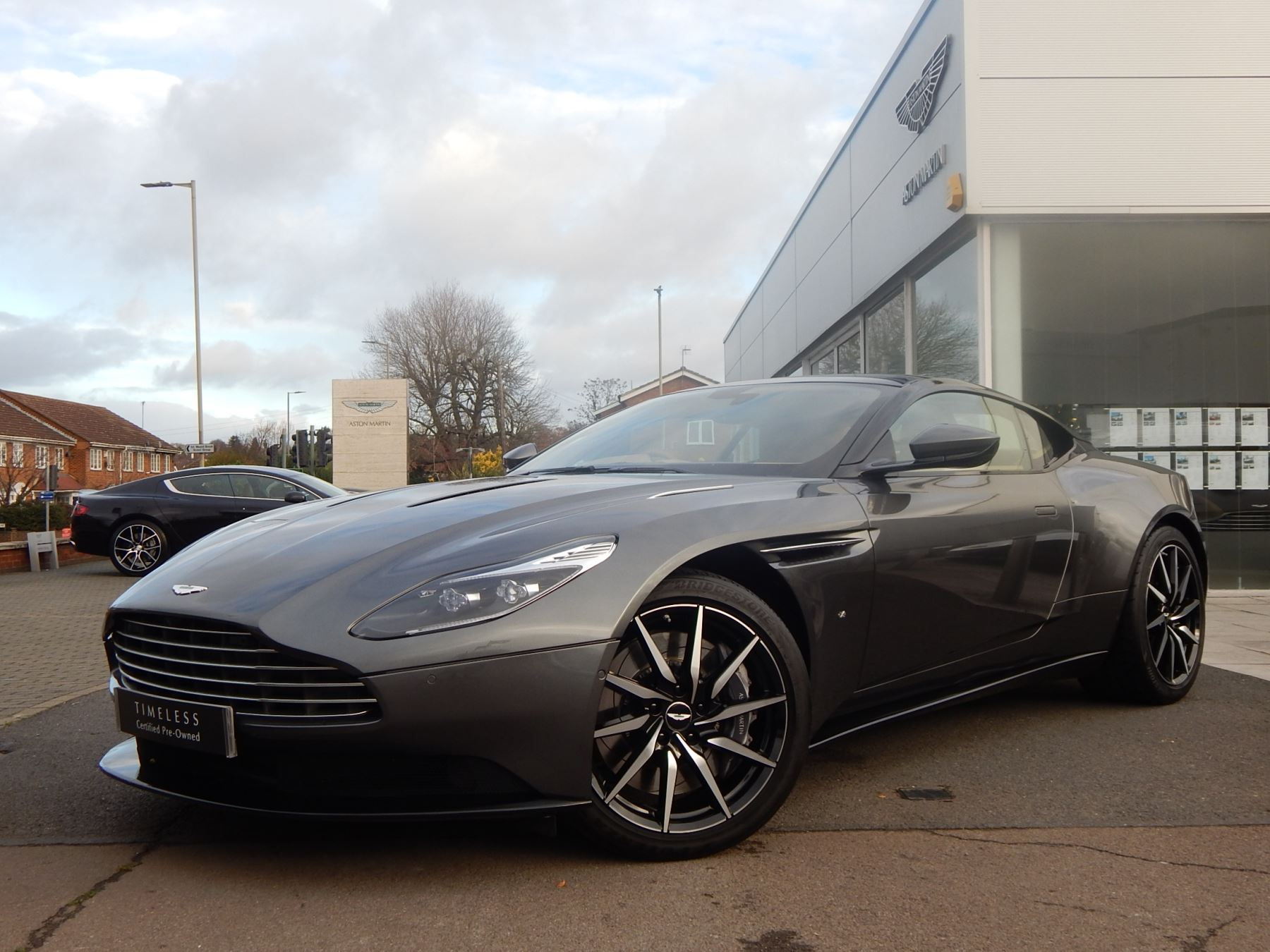 Aston Martin DB11 V12 2dr Touchtronic Launch Edition 5.2 Automatic Coupe (2017) image