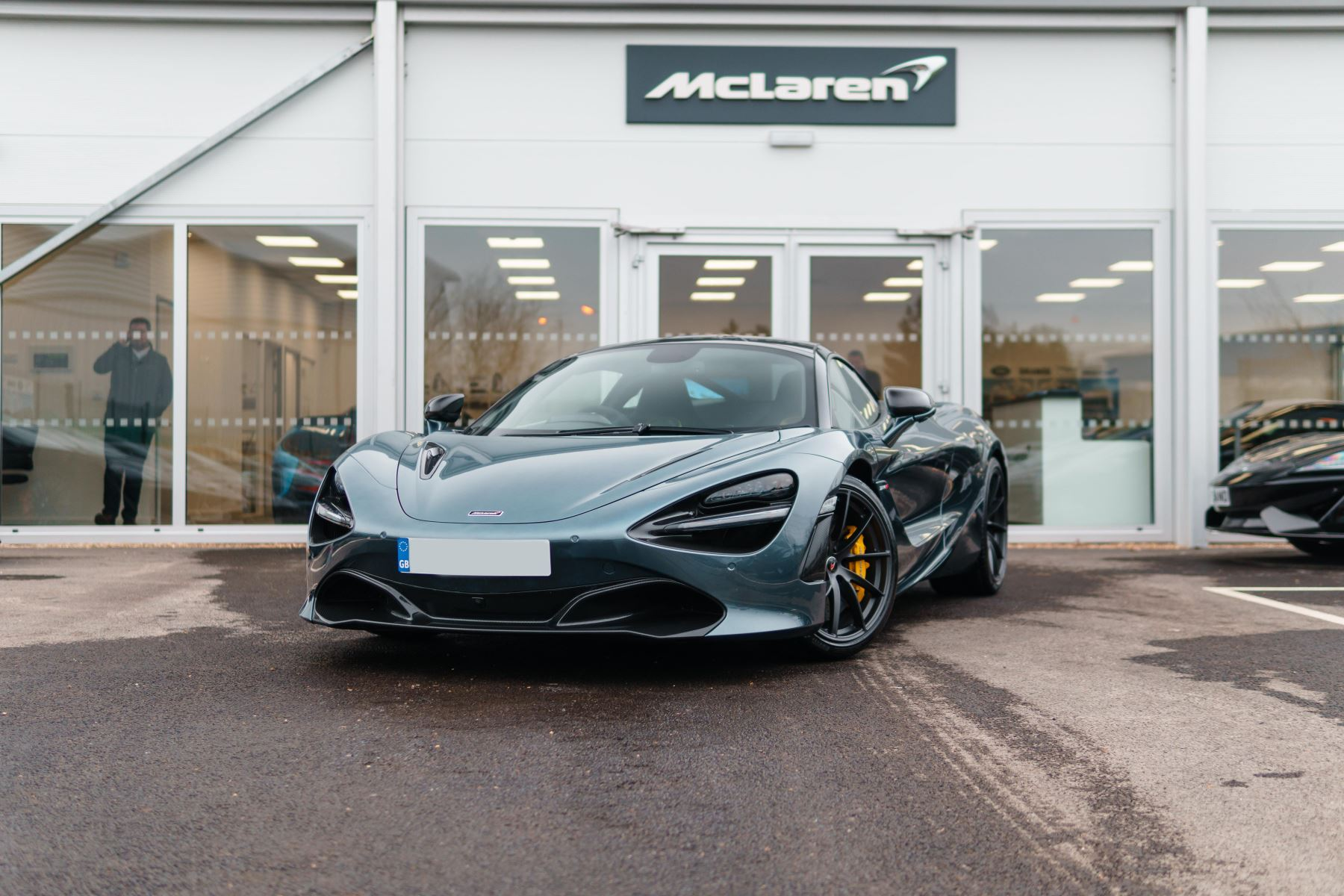 McLaren 720S Performance image 19