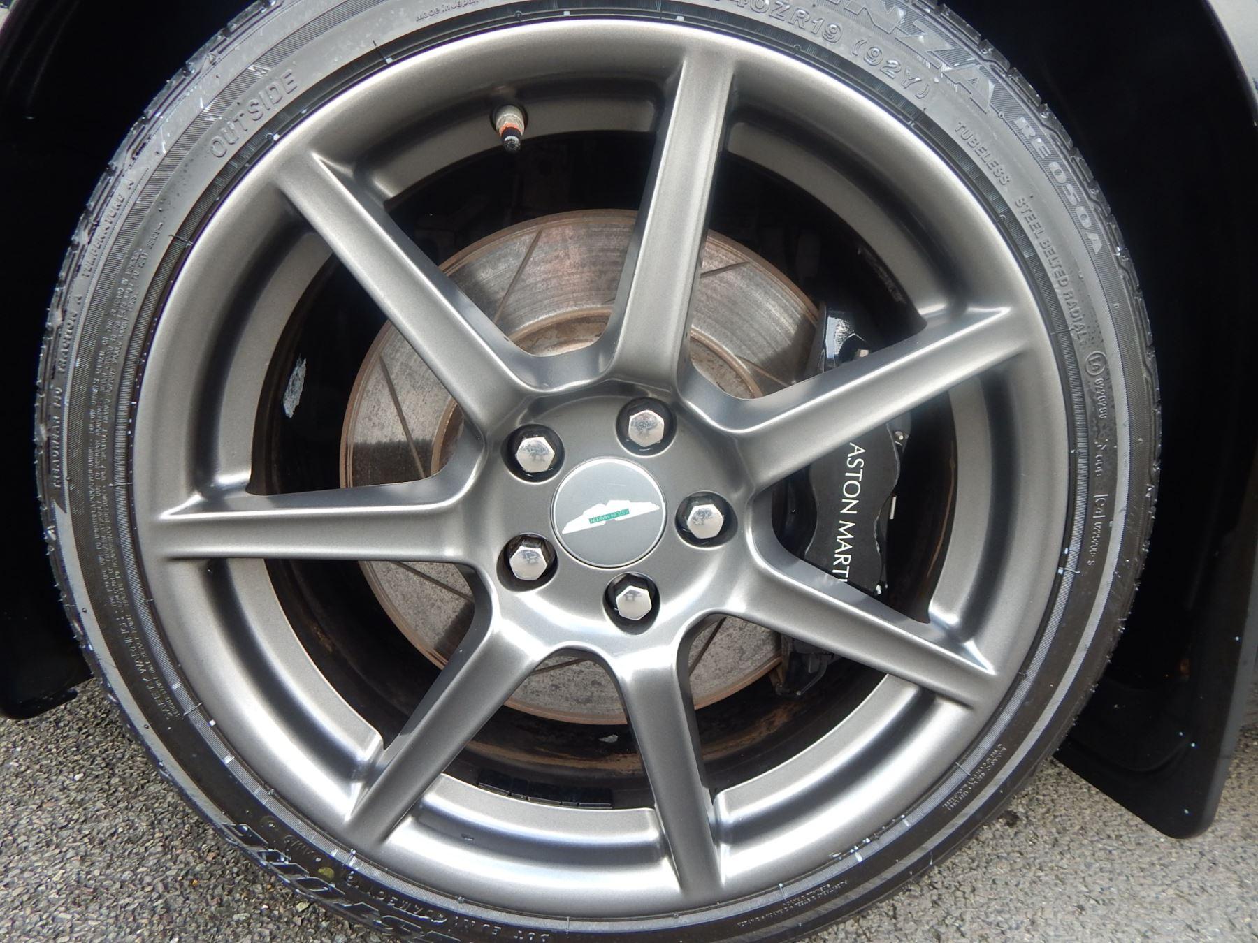 Aston Martin V8 Vantage Roadster 4.3 V8 Roadster image 13