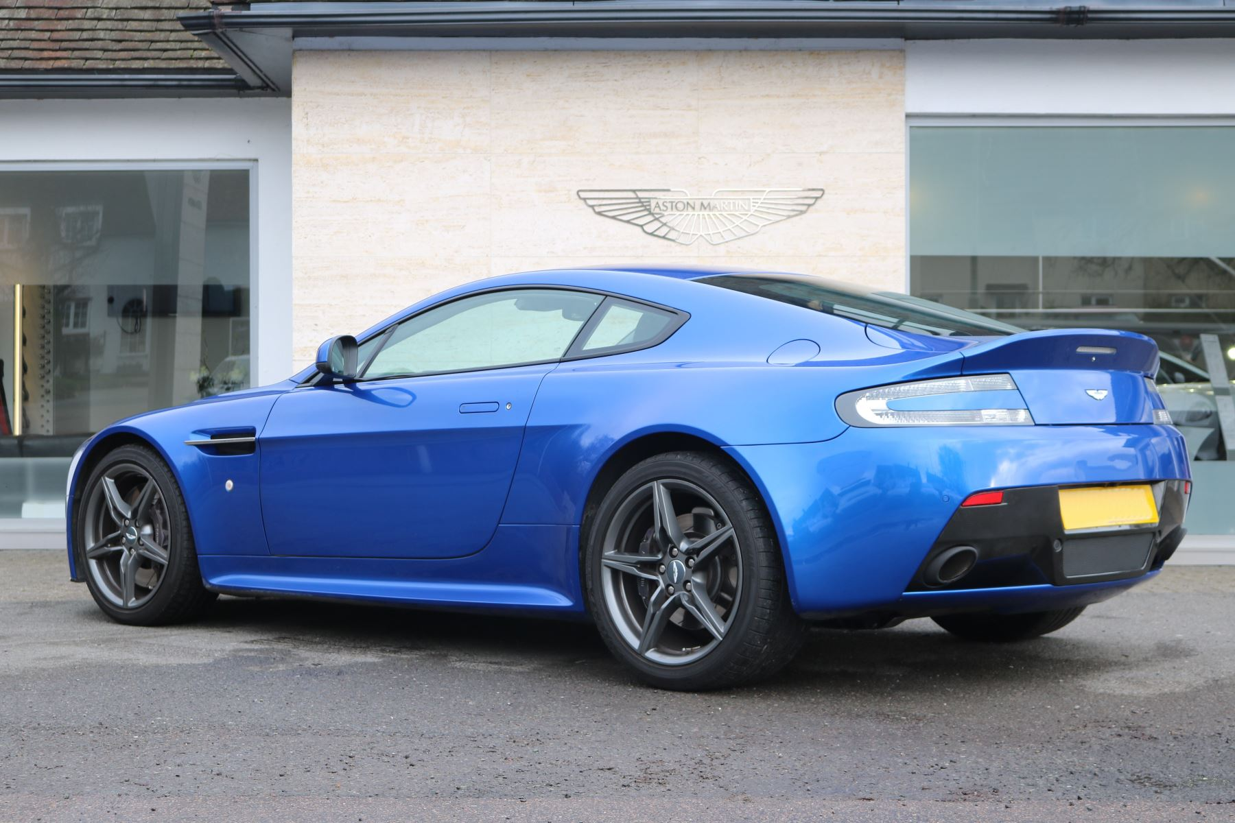 Aston Martin V8 Vantage S S 2dr Sportshift image 7