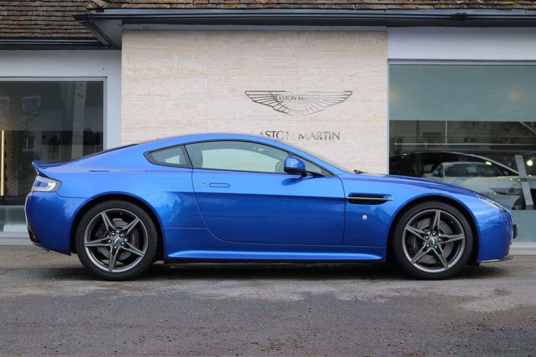 Aston Martin V8 Vantage S S 2dr Sportshift image 4