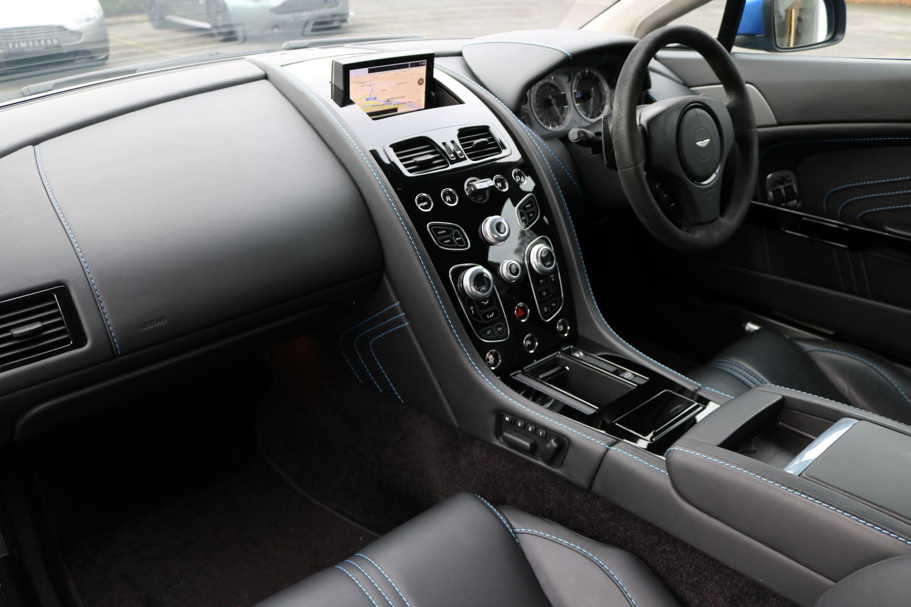 Aston Martin V8 Vantage S S 2dr Sportshift image 25