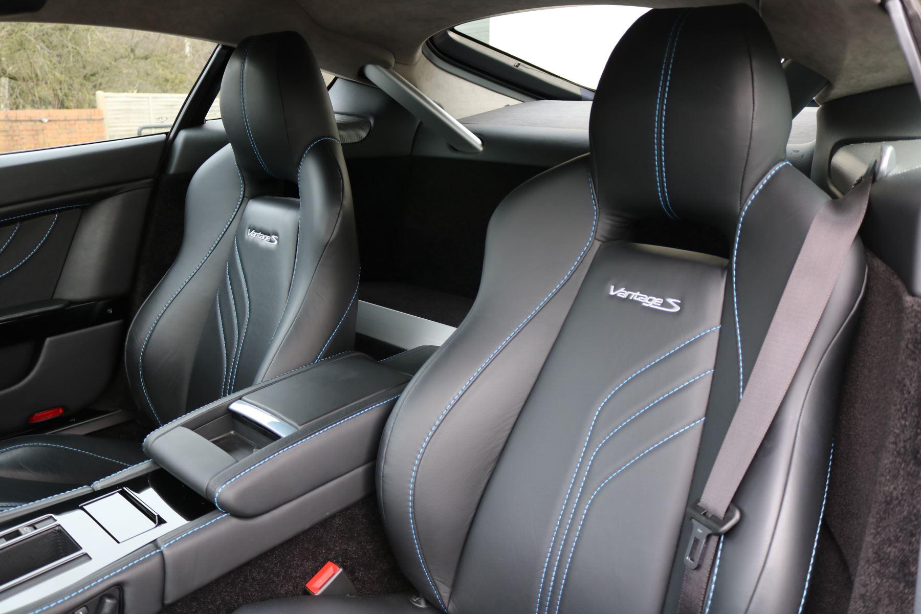 Aston Martin V8 Vantage S S 2dr Sportshift image 24