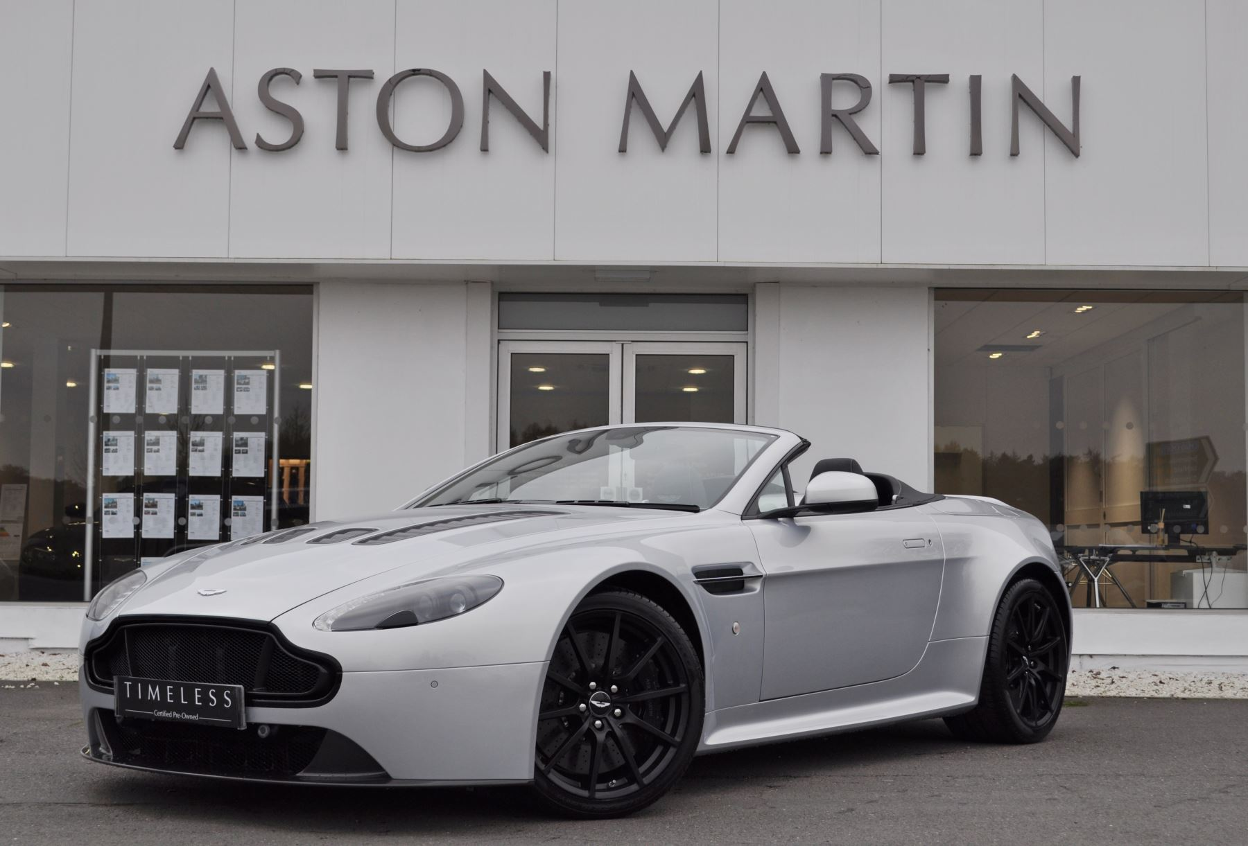 Aston Martin V12 Vantage S S 2dr Sportshift III image 1