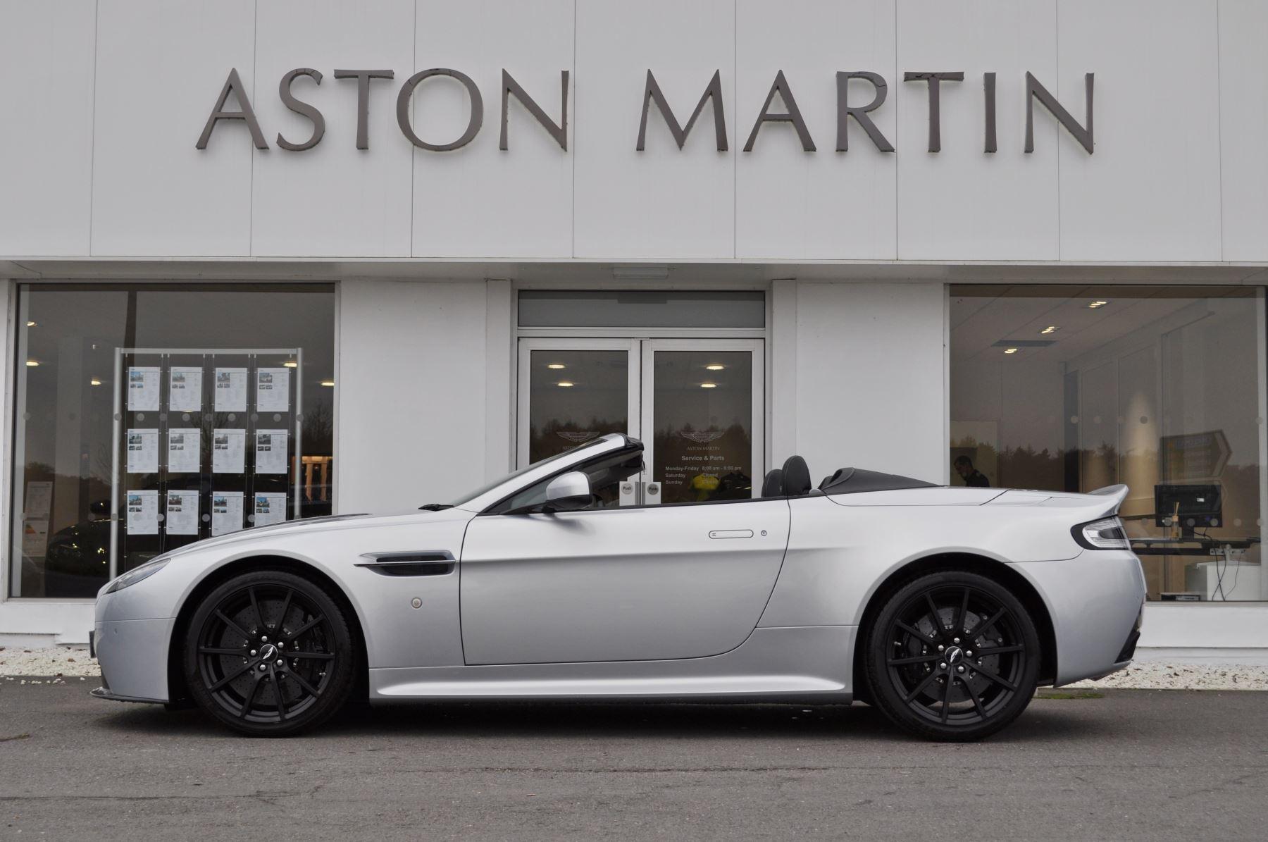 Aston Martin V12 Vantage S S 2dr Sportshift III image 5